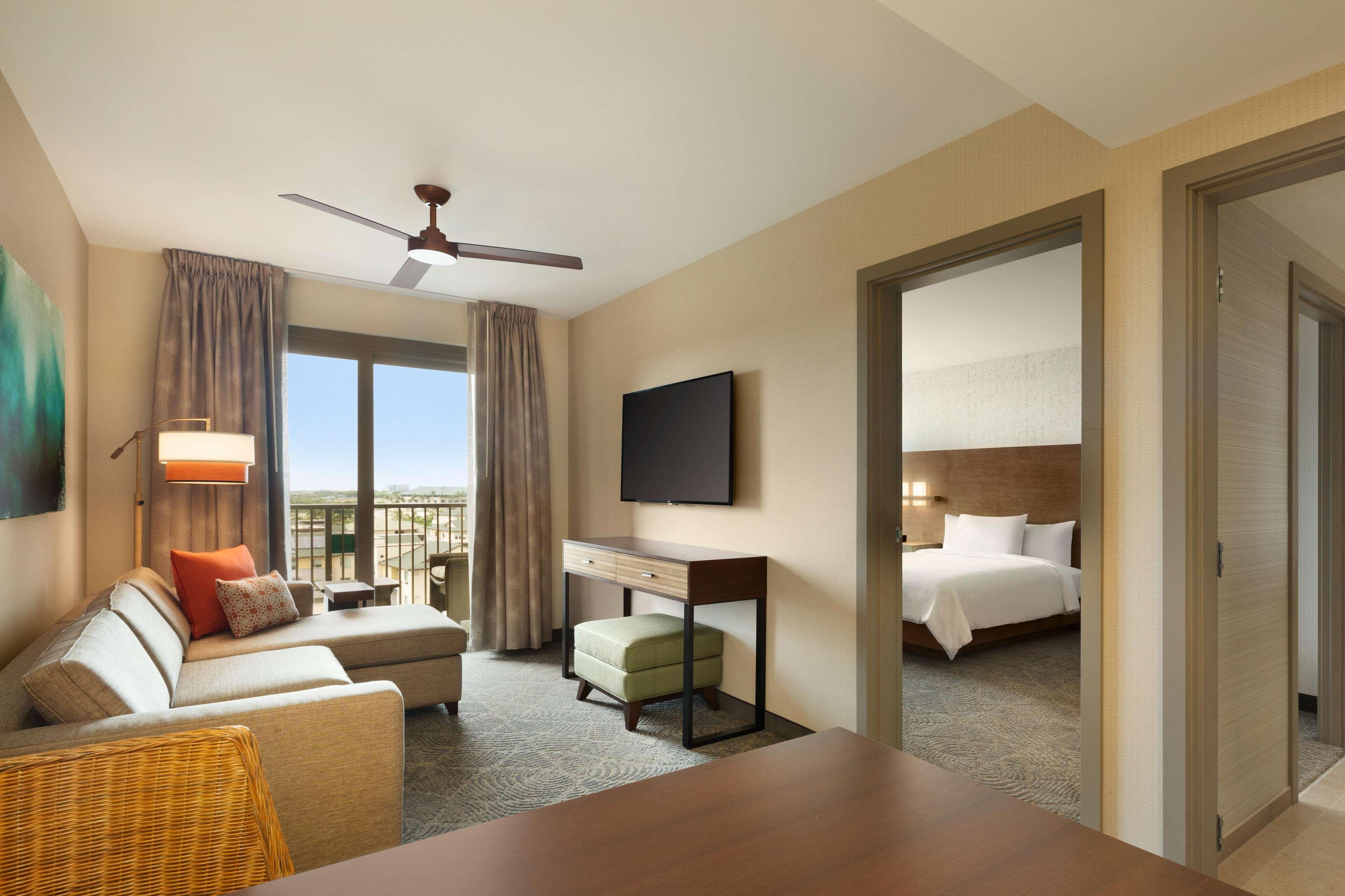 Embassy Suites by Hilton Oahu Kapolei image 35