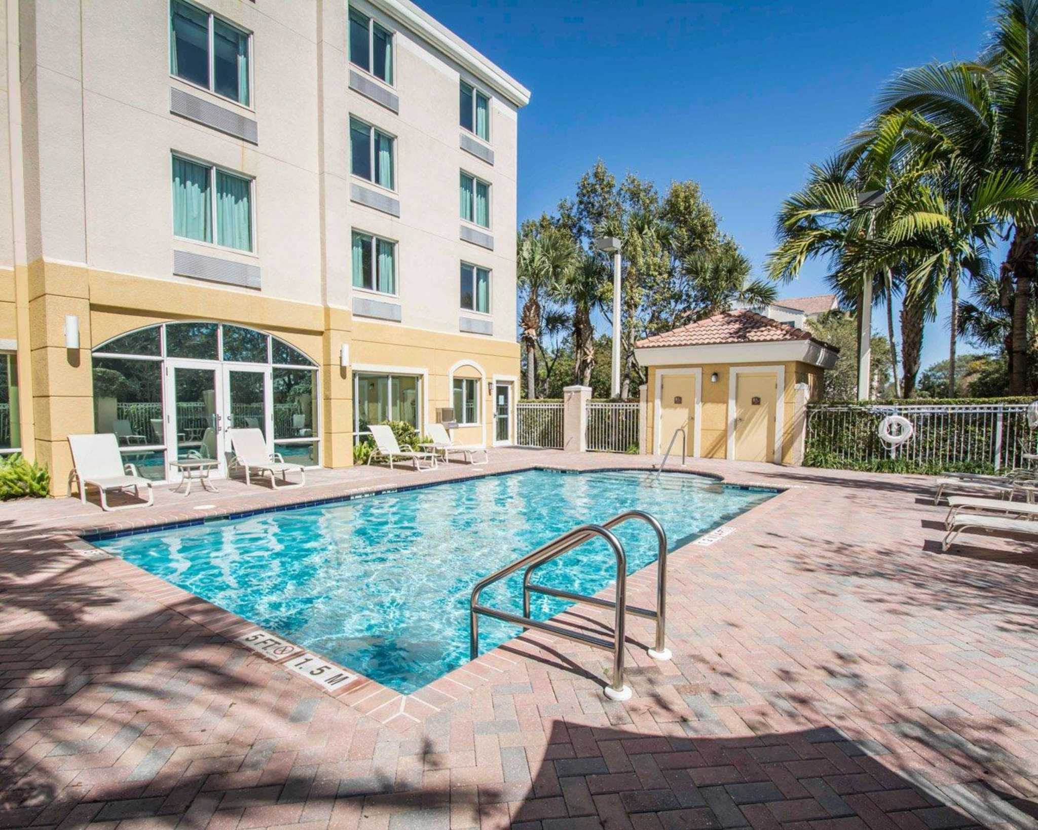 Comfort Inn Amp Suites Jupiter Fl Company Profile