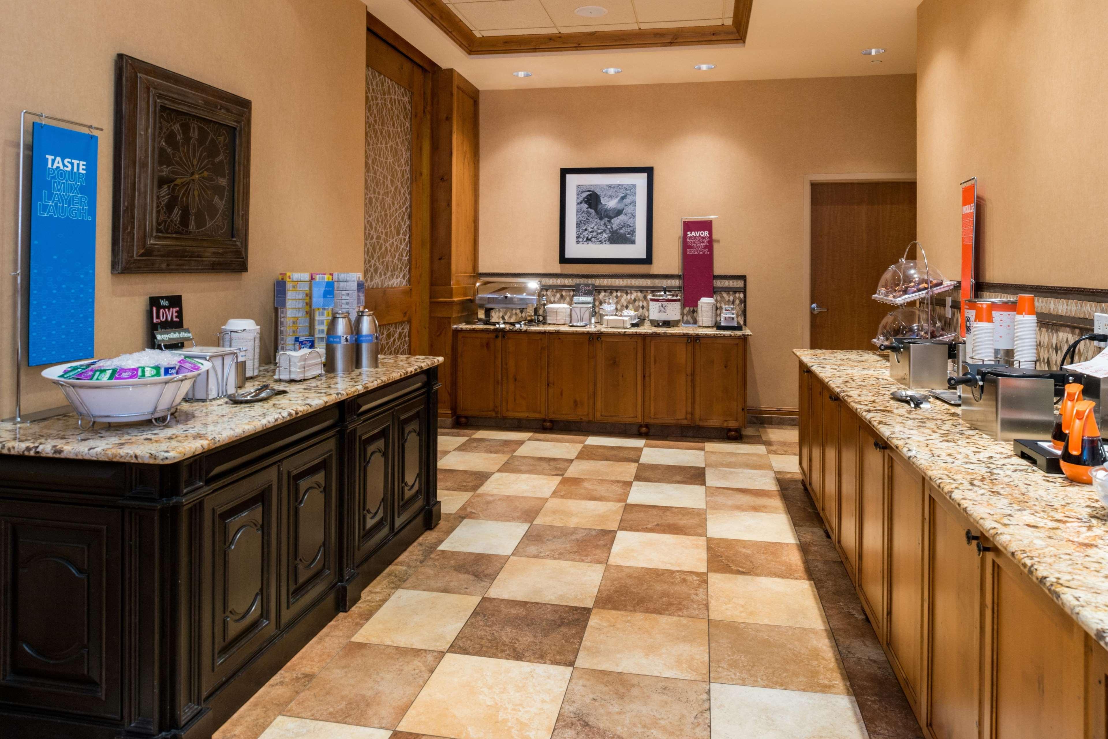 Hampton Inn & Suites Salt Lake City-West Jordan image 32