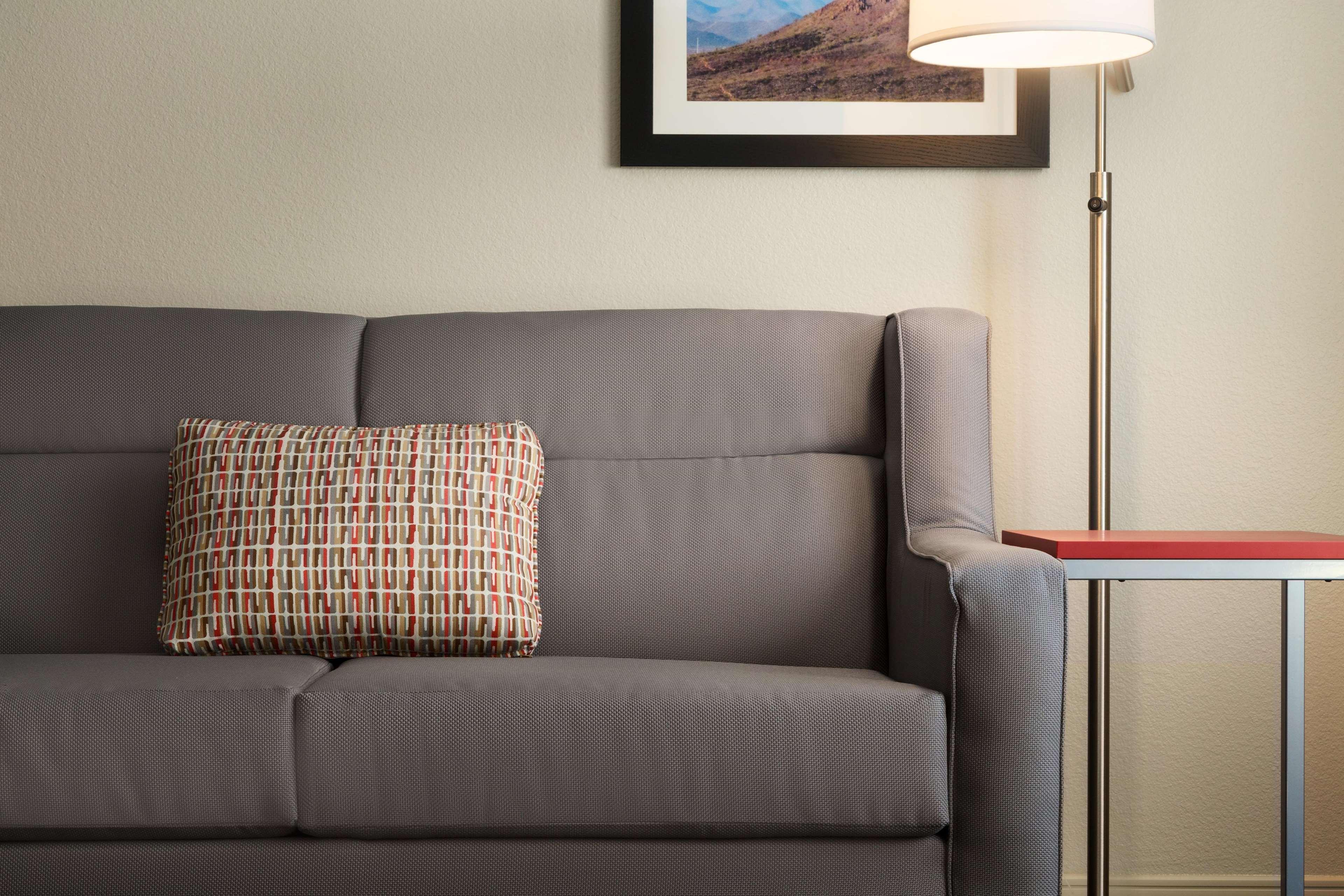 Hampton Inn & Suites Phoenix Glendale-Westgate image 29