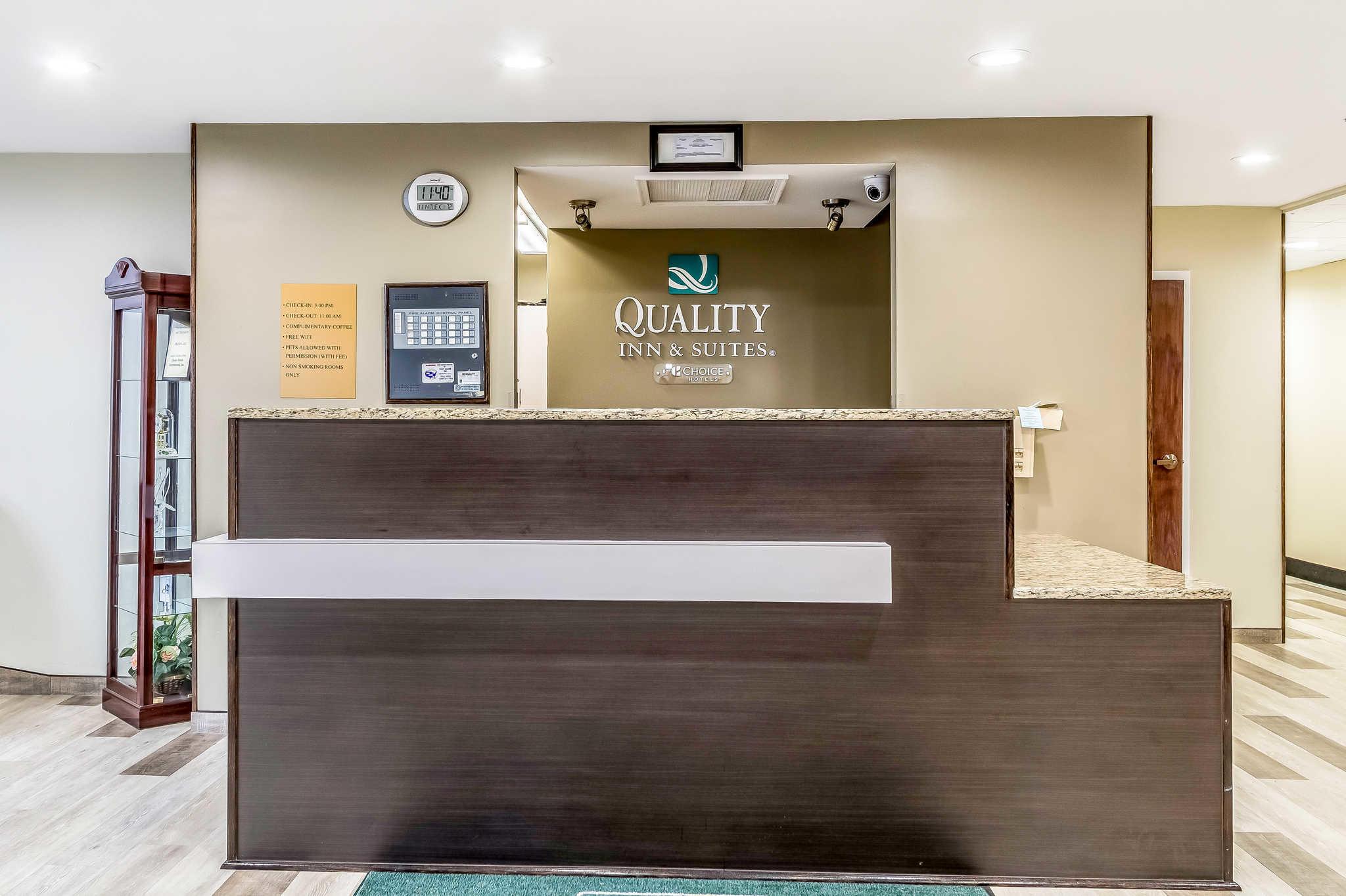 Quality Inn North Lima Boardman image 4