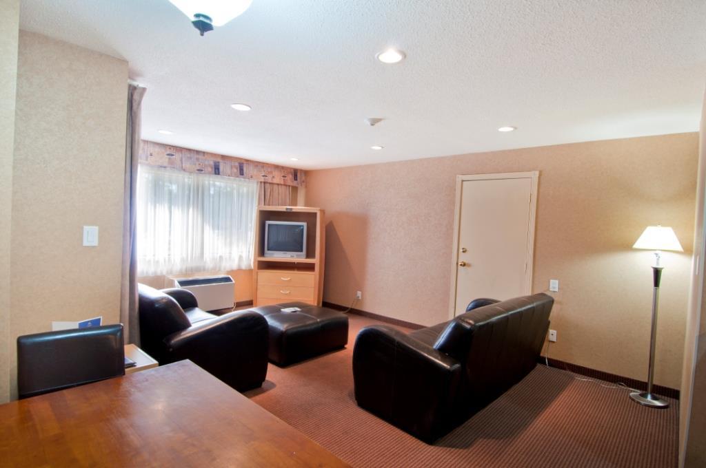 Best Western Chelsea Inn in Coquitlam: Guest Room