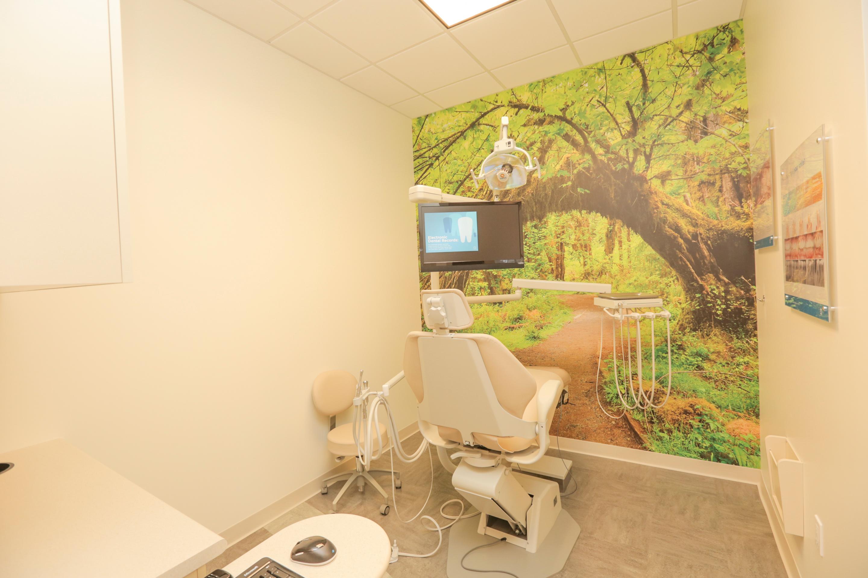 Jantzen Beach Modern Dentistry image 5