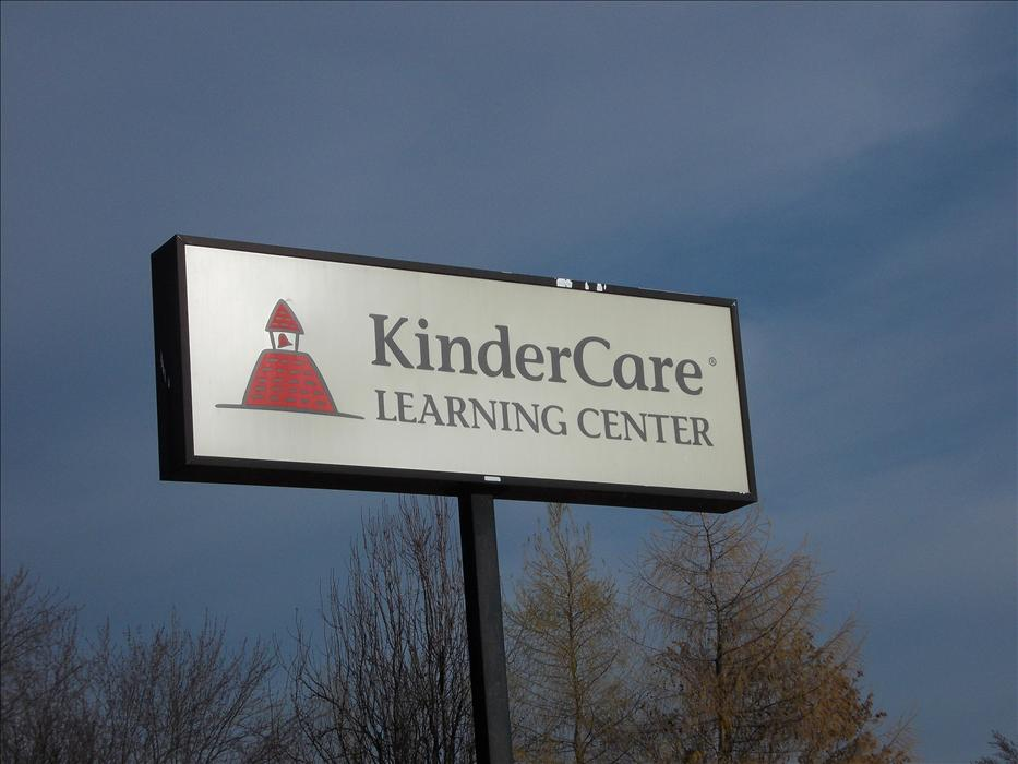 Xerxes Avenue KinderCare image 1