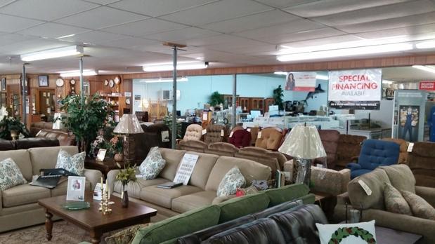 Green 39 S Furniture Store Inc In Loretto Tn 38469 Citysearch