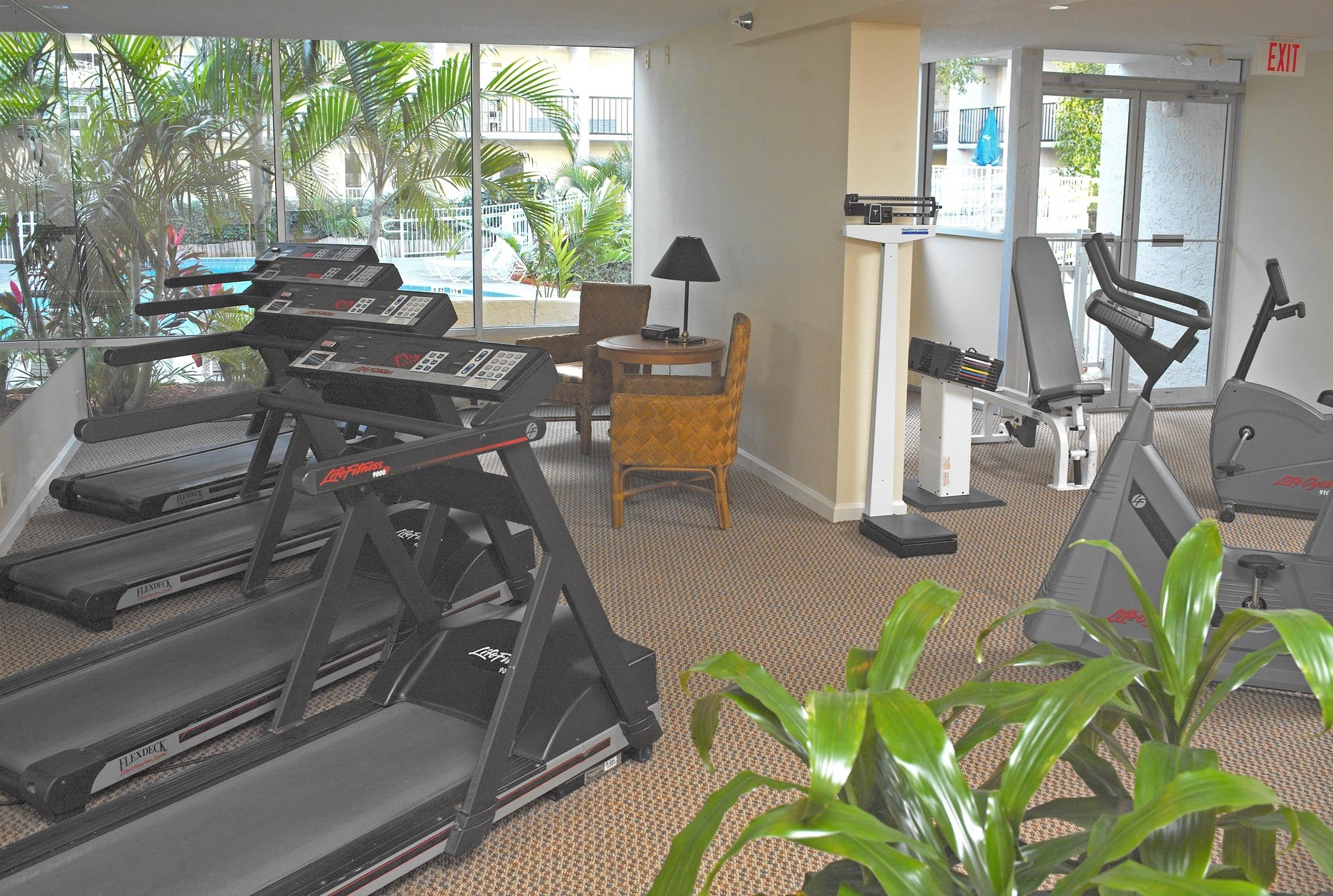 DoubleTree by Hilton Hotel Tampa Airport - Westshore image 2
