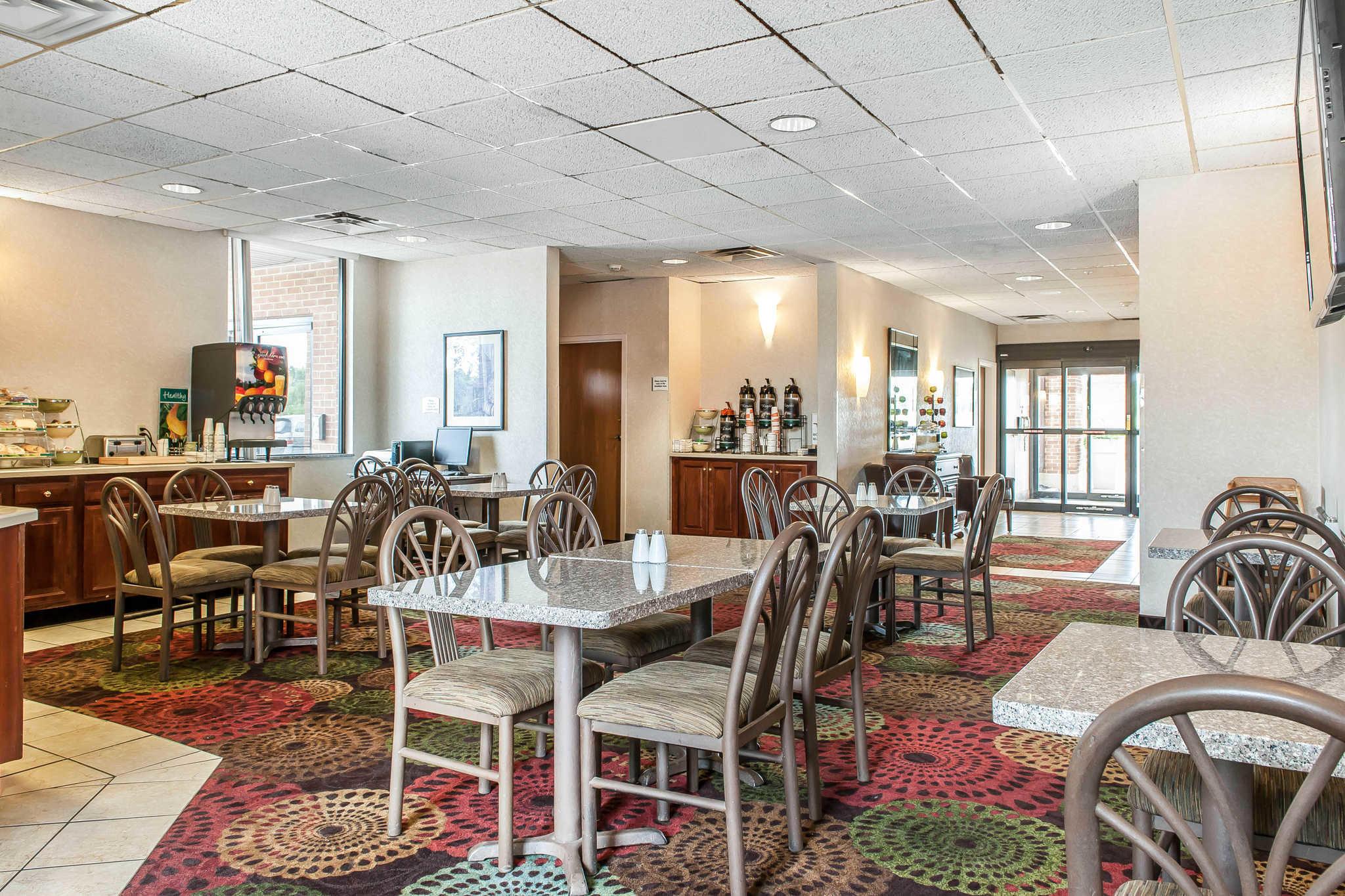 Quality Inn Chester I-75 image 17