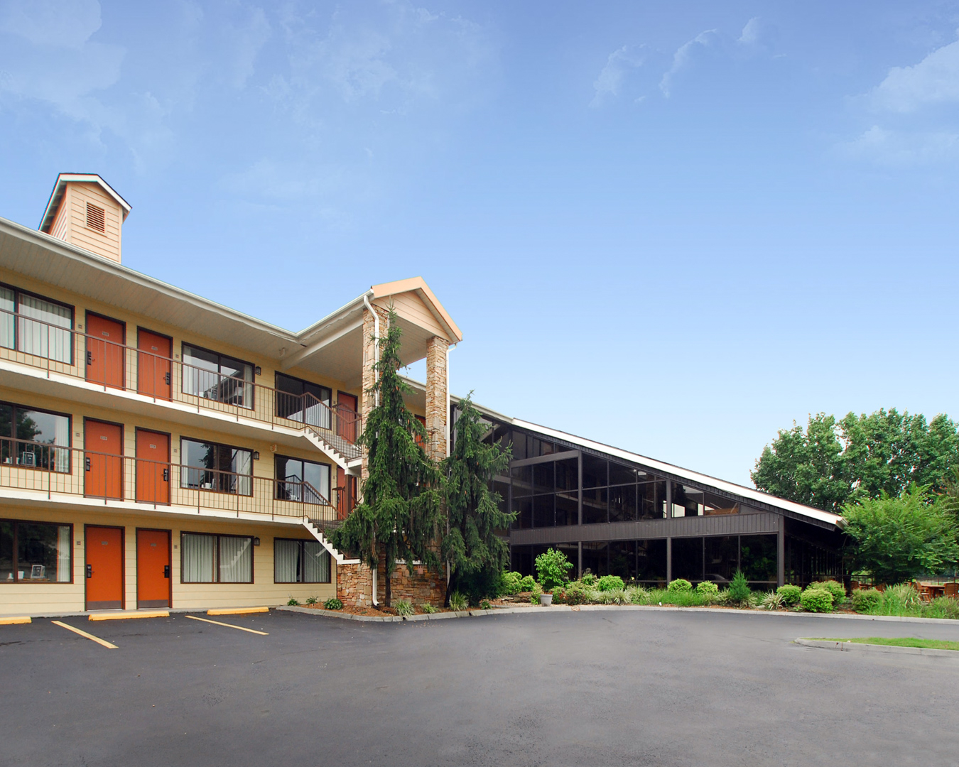 Quality Inn & Suites River Suites image 2