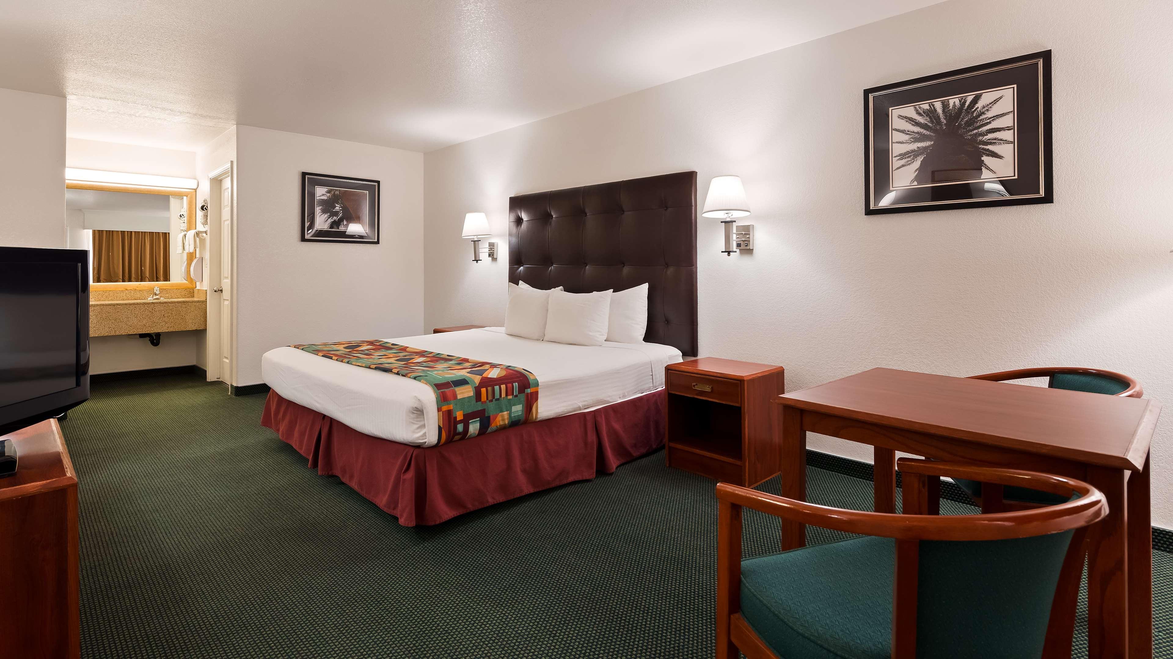 Best Western Colorado River Inn image 6