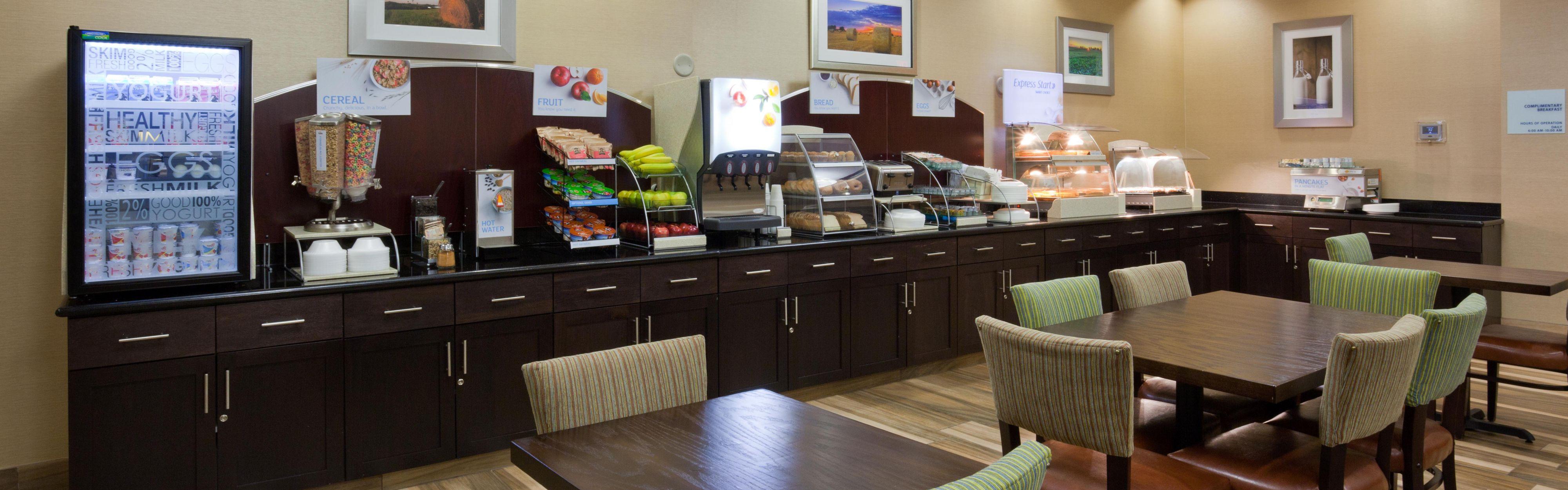Holiday Inn Express & Suites Fort Dodge image 3