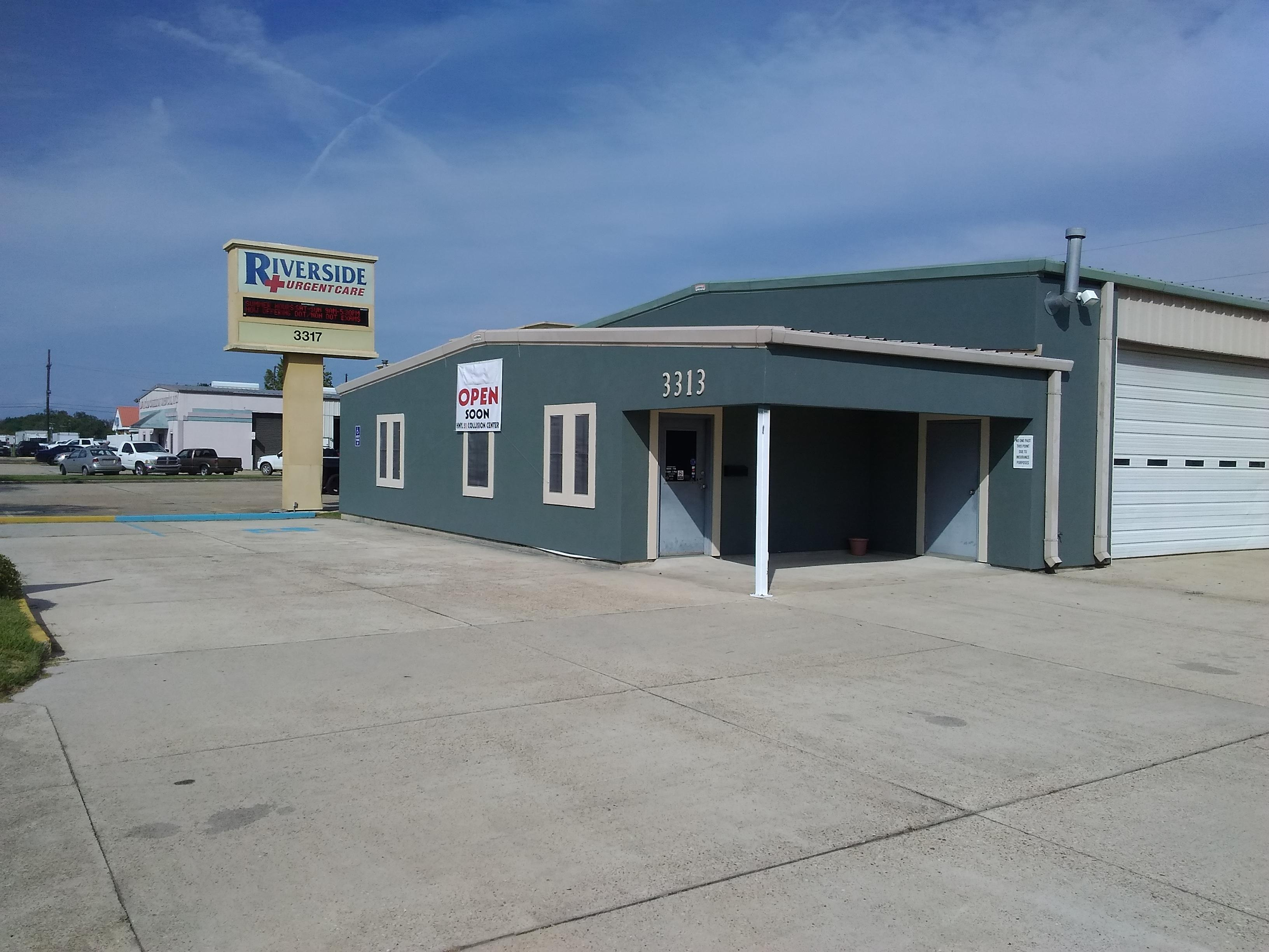 Hwy 51 Collision Center image 1