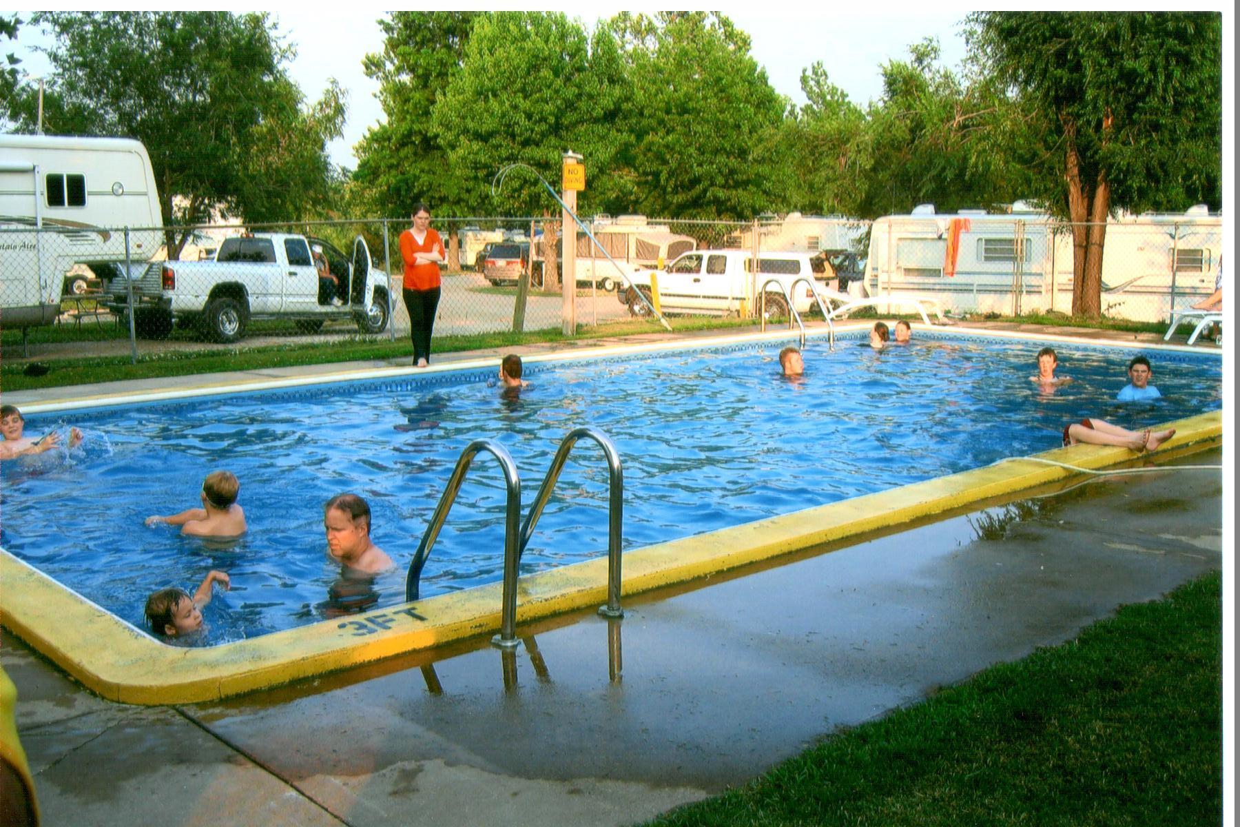 Kansas City East / Oak Grove KOA Holiday image 11
