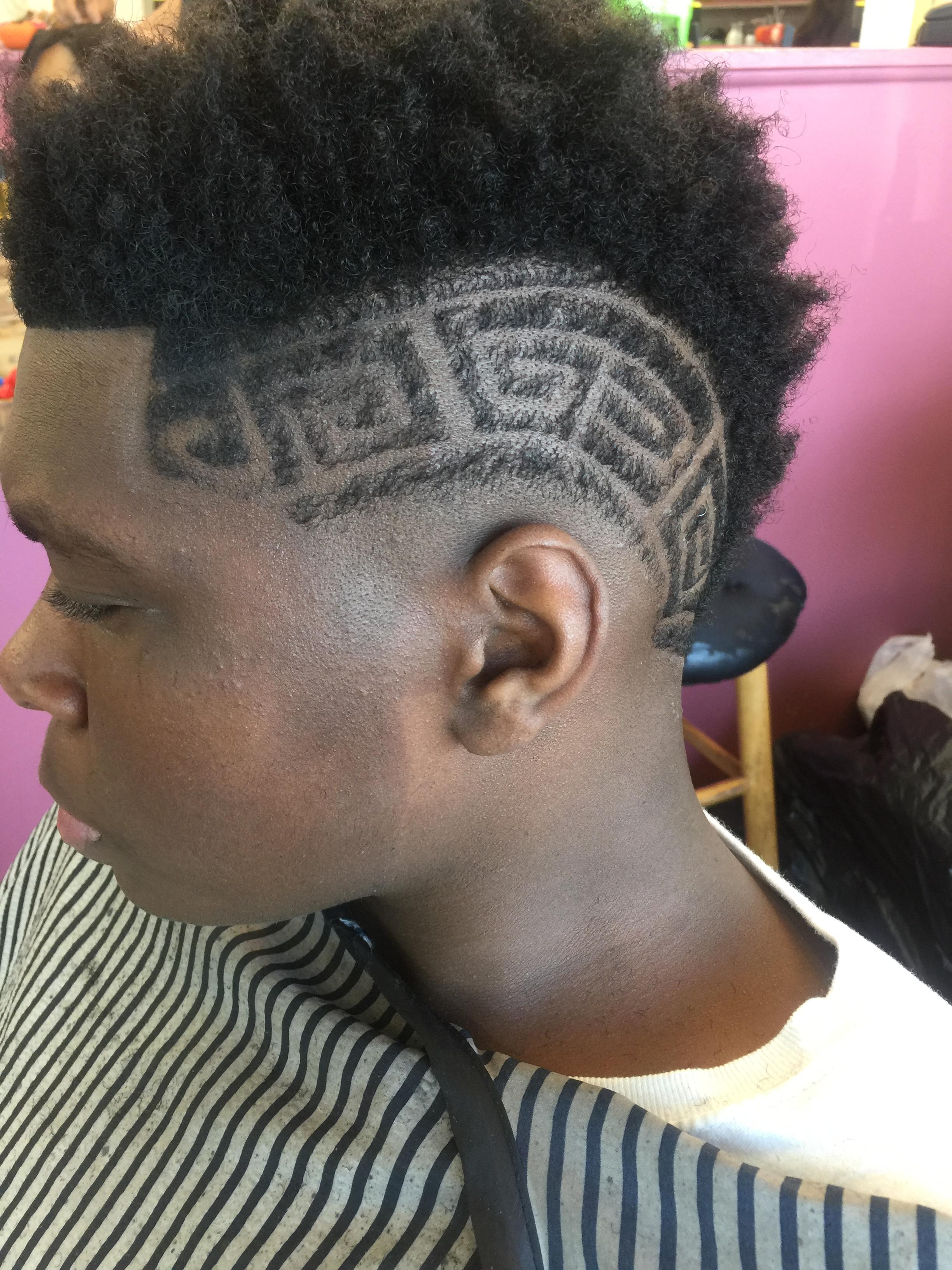 Haircuts and Razorlines image 15