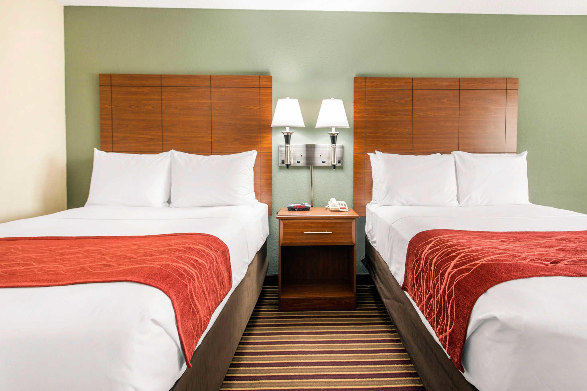 Comfort Inn & Suites Crabtree Valley image 24