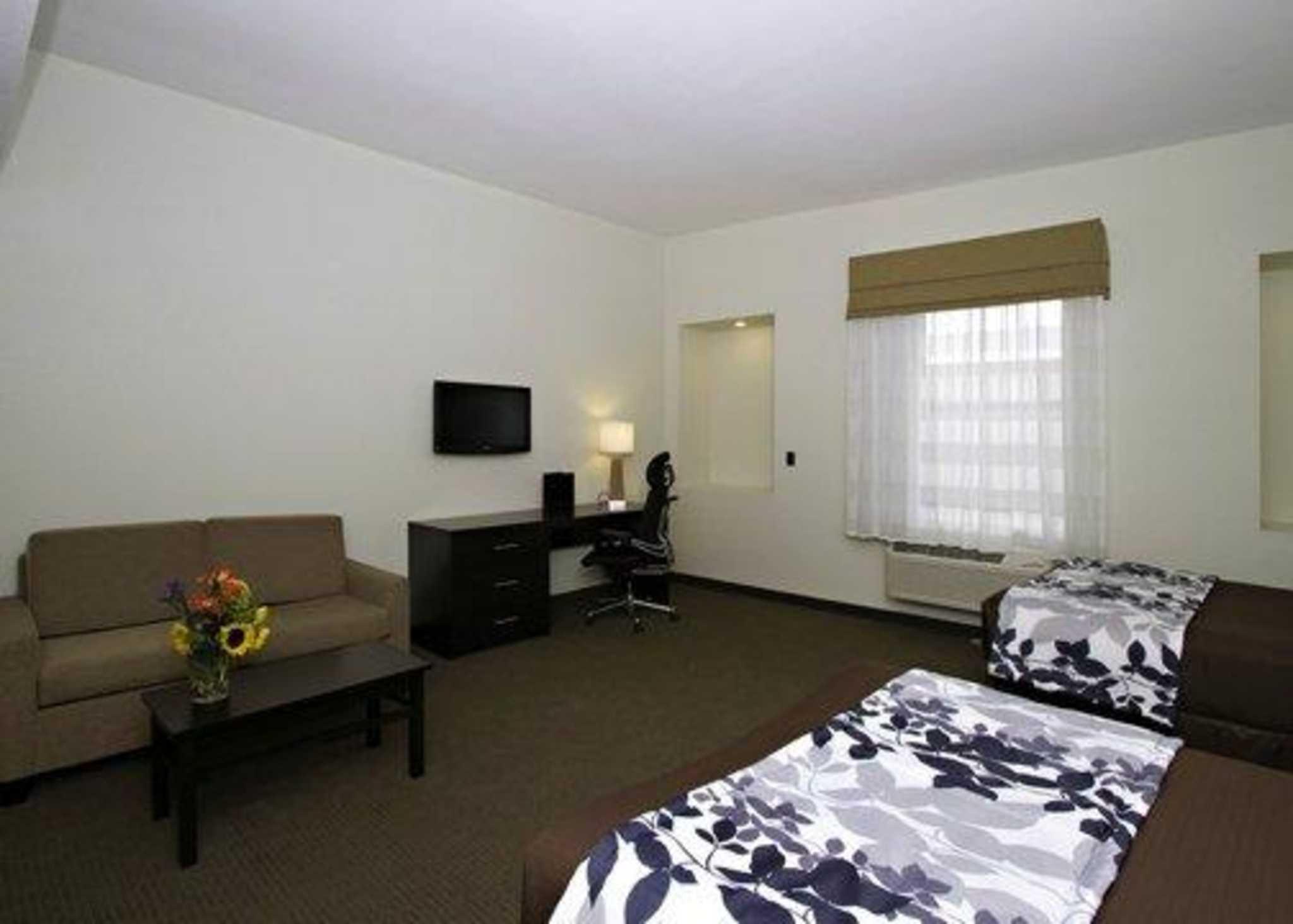 Sleep Inn & Suites Downtown Inner Harbor image 15