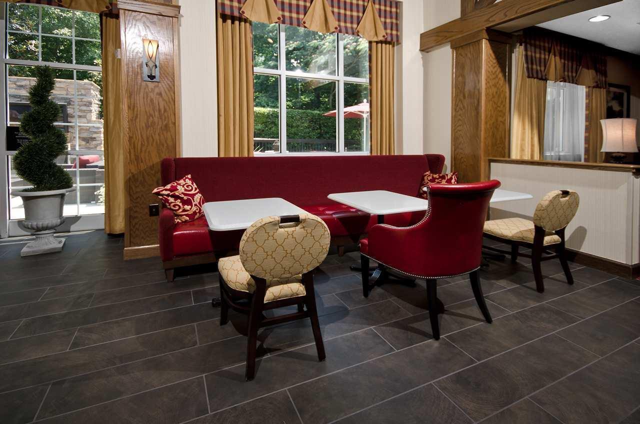 Hampton Inn & Suites Raleigh/Cary I-40 (PNC Arena) image 19