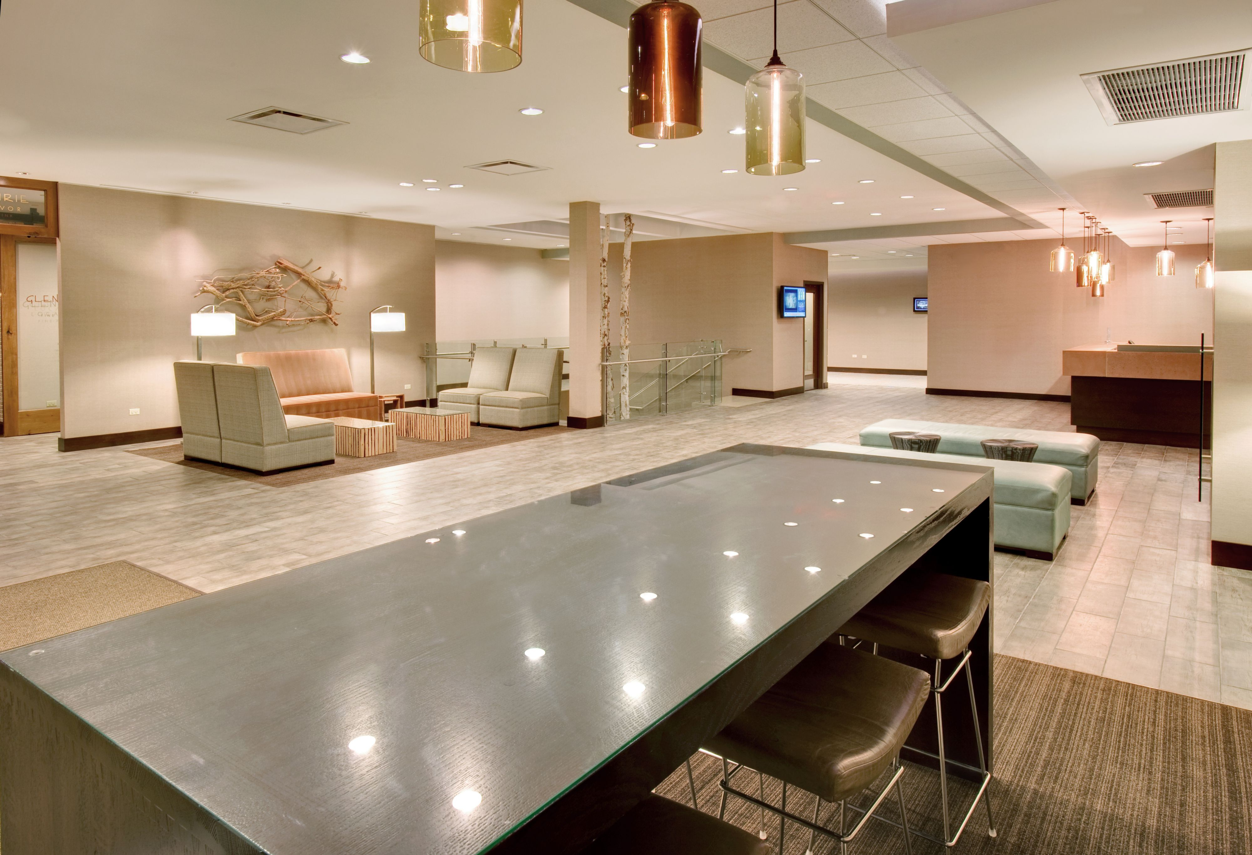 Crowne Plaza Lombard Downers Grove image 5