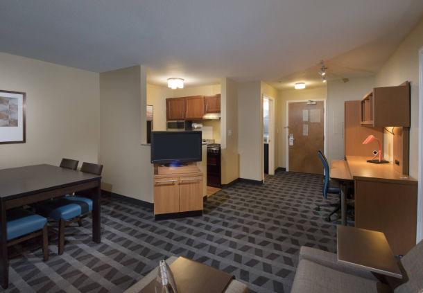 TownePlace Suites by Marriott Atlanta Alpharetta image 6