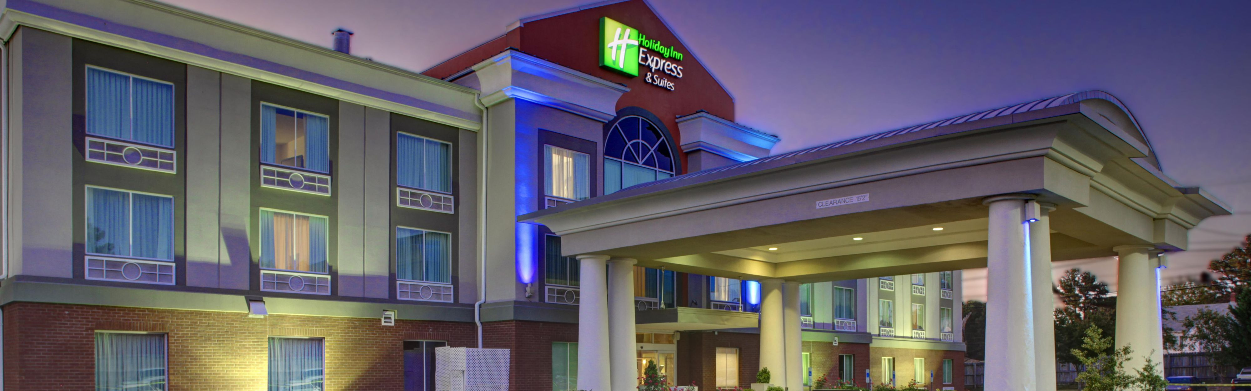 Holiday Inn Express Emporia image 0