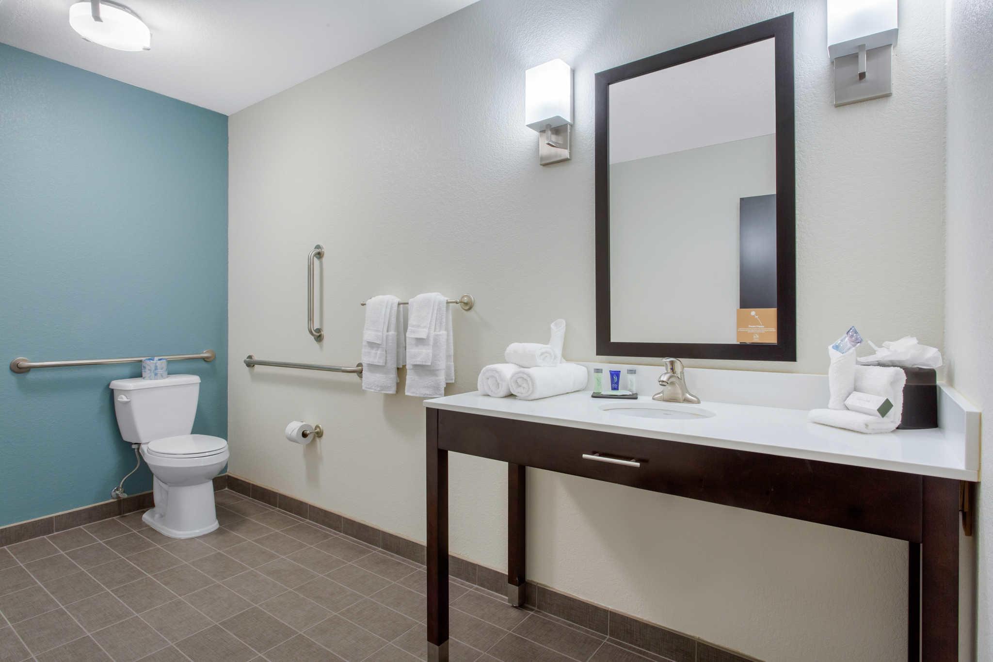 Sleep Inn & Suites Monroe - Woodbury image 17