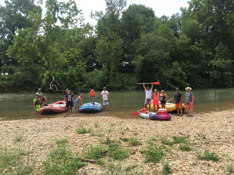 Illinois River Yacht Club & Campground Inc