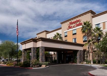 Hotels Near Deer Valley Airport Az
