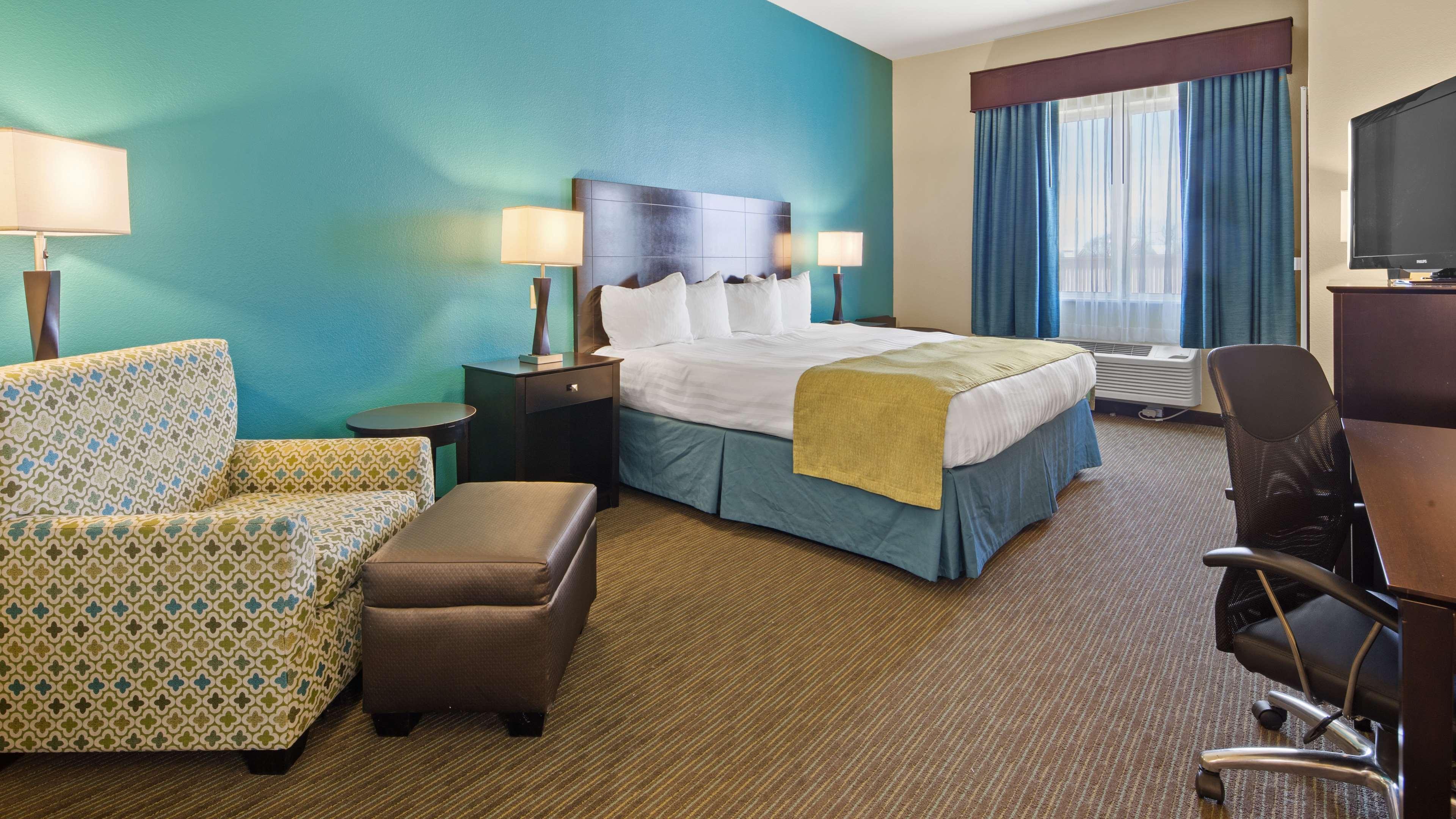 Best Western Lindsay Inn & Suites image 13