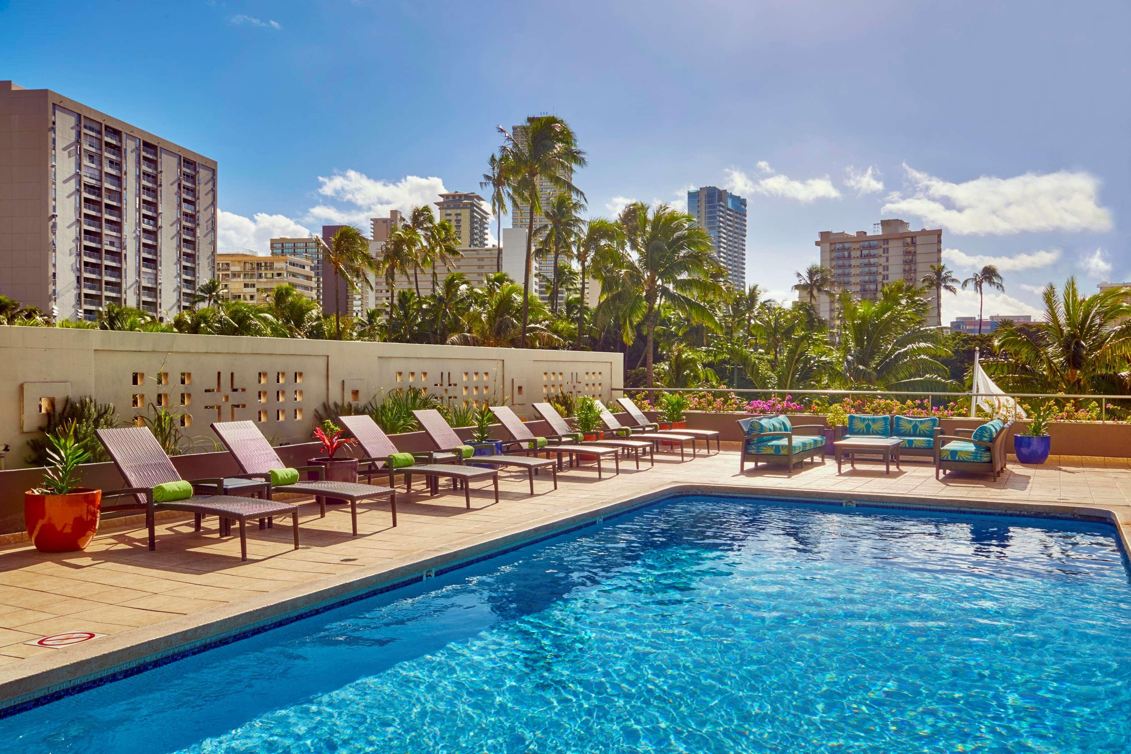 DoubleTree by Hilton Hotel Alana - Waikiki Beach image 22
