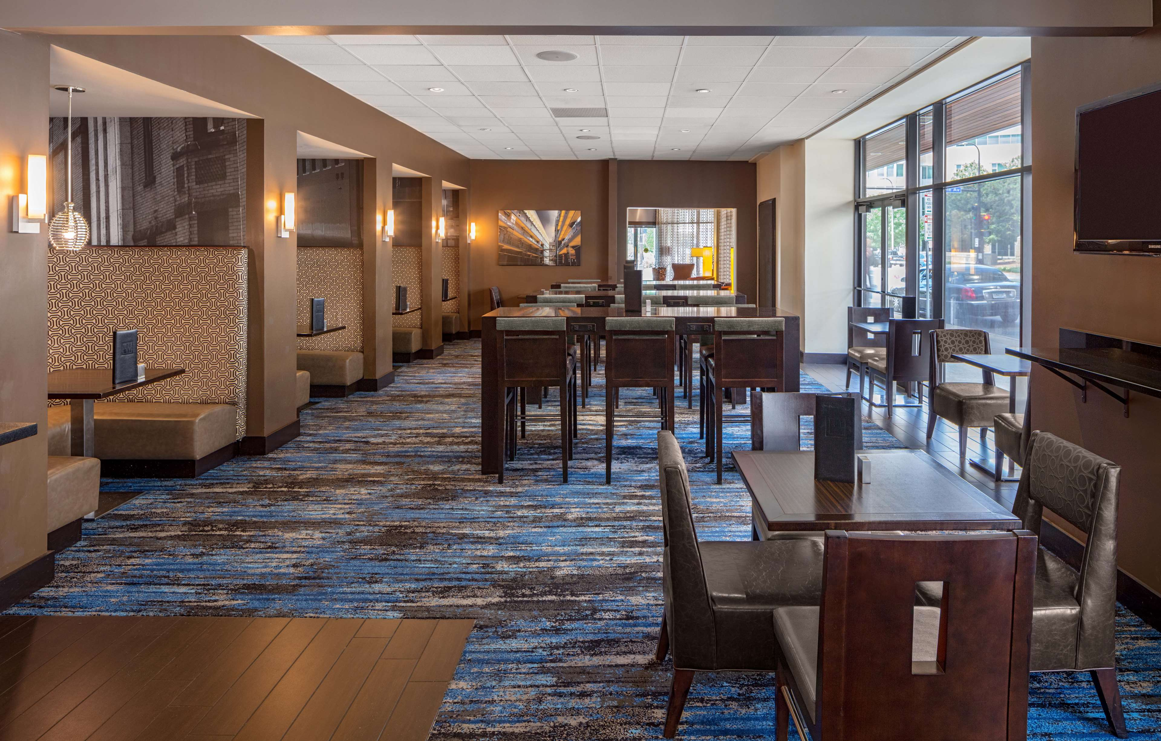 DoubleTree Suites by Hilton Hotel Minneapolis image 10