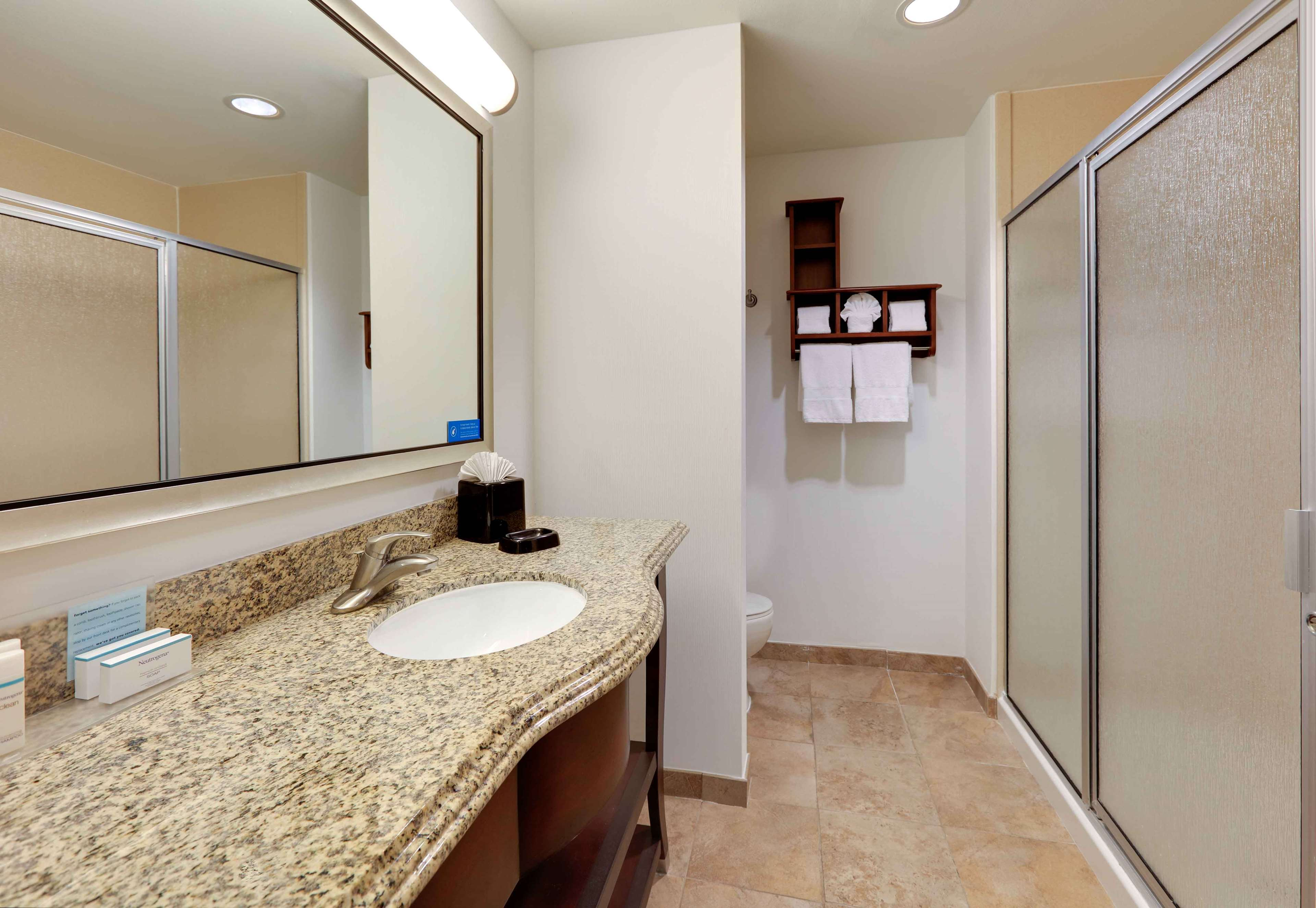 Hampton Inn & Suites Dallas-Arlington-South image 28