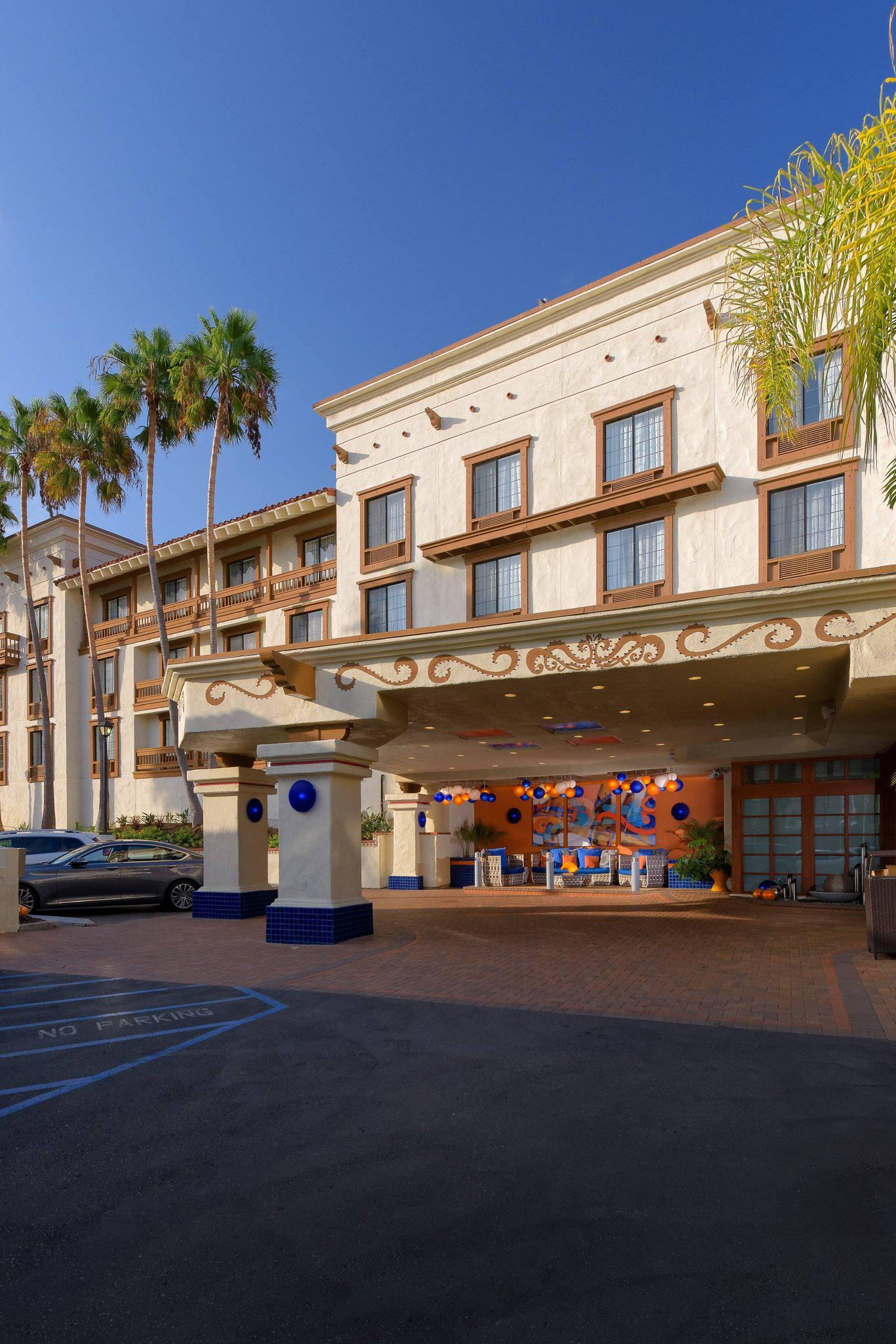 Courtyard by Marriott San Diego Old Town