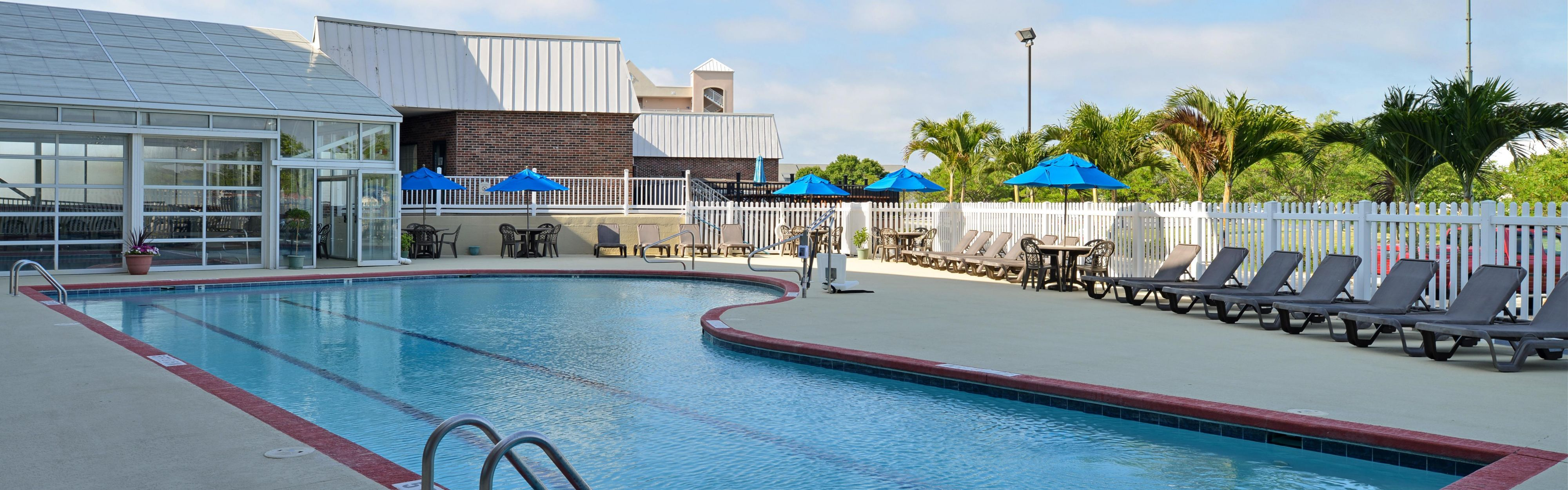 Holiday Inn Express & Suites Ocean City image 2