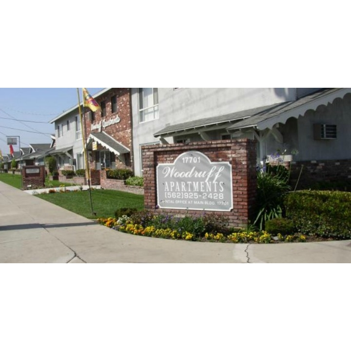 Apartments For Rent In Bellflower Ca: Woodruff Apartments In Bellflower, CA