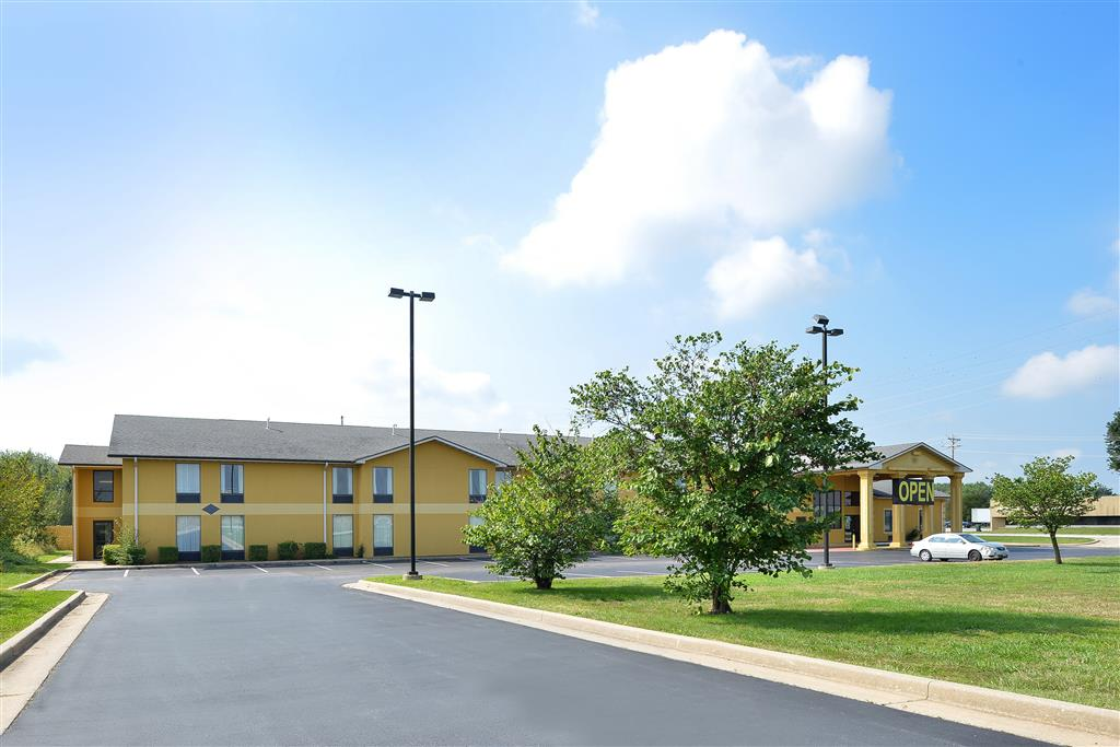 Americas Best Value Inn & Suites Mount Vernon image 2