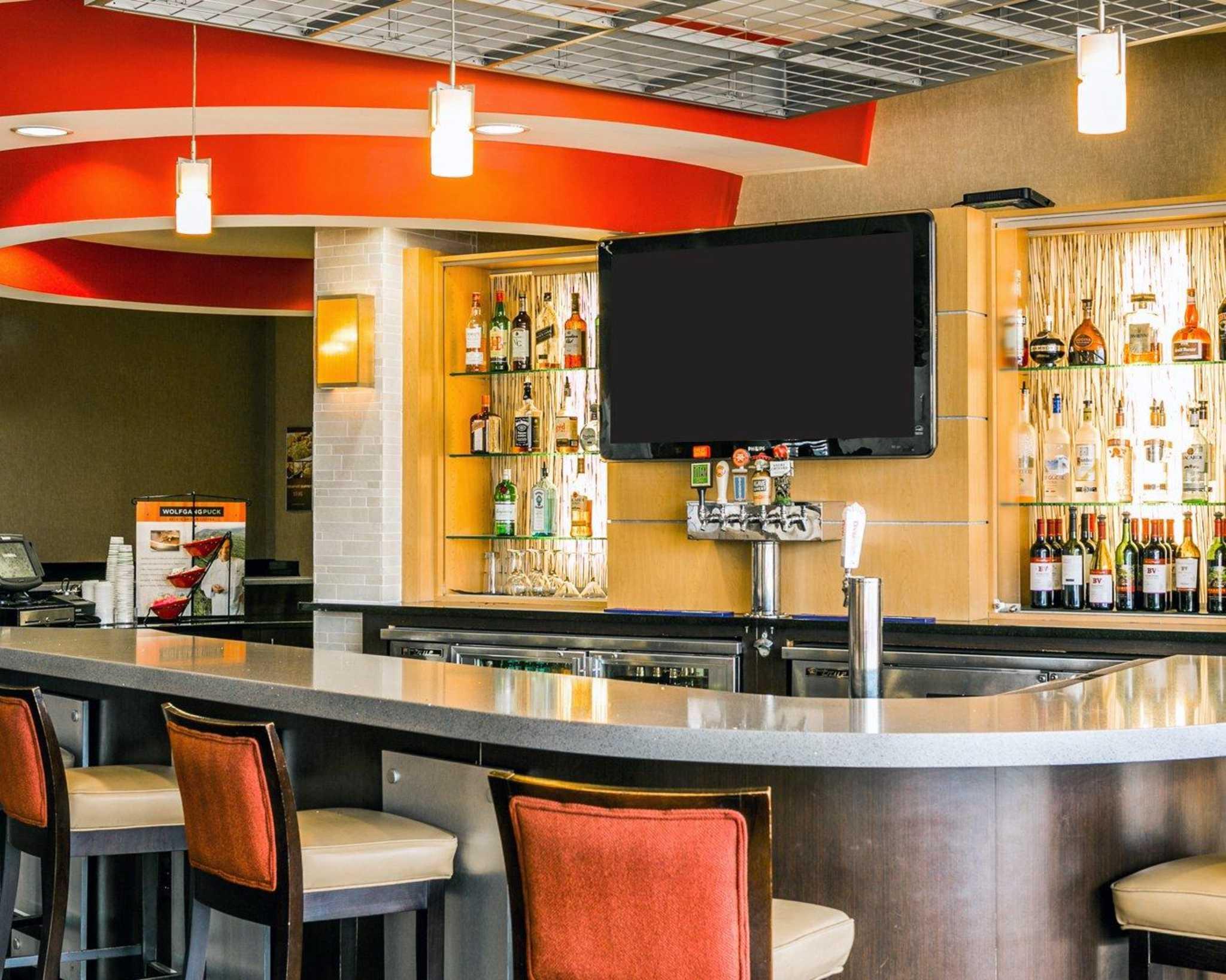 Cambria Hotel Denver International Airport image 44