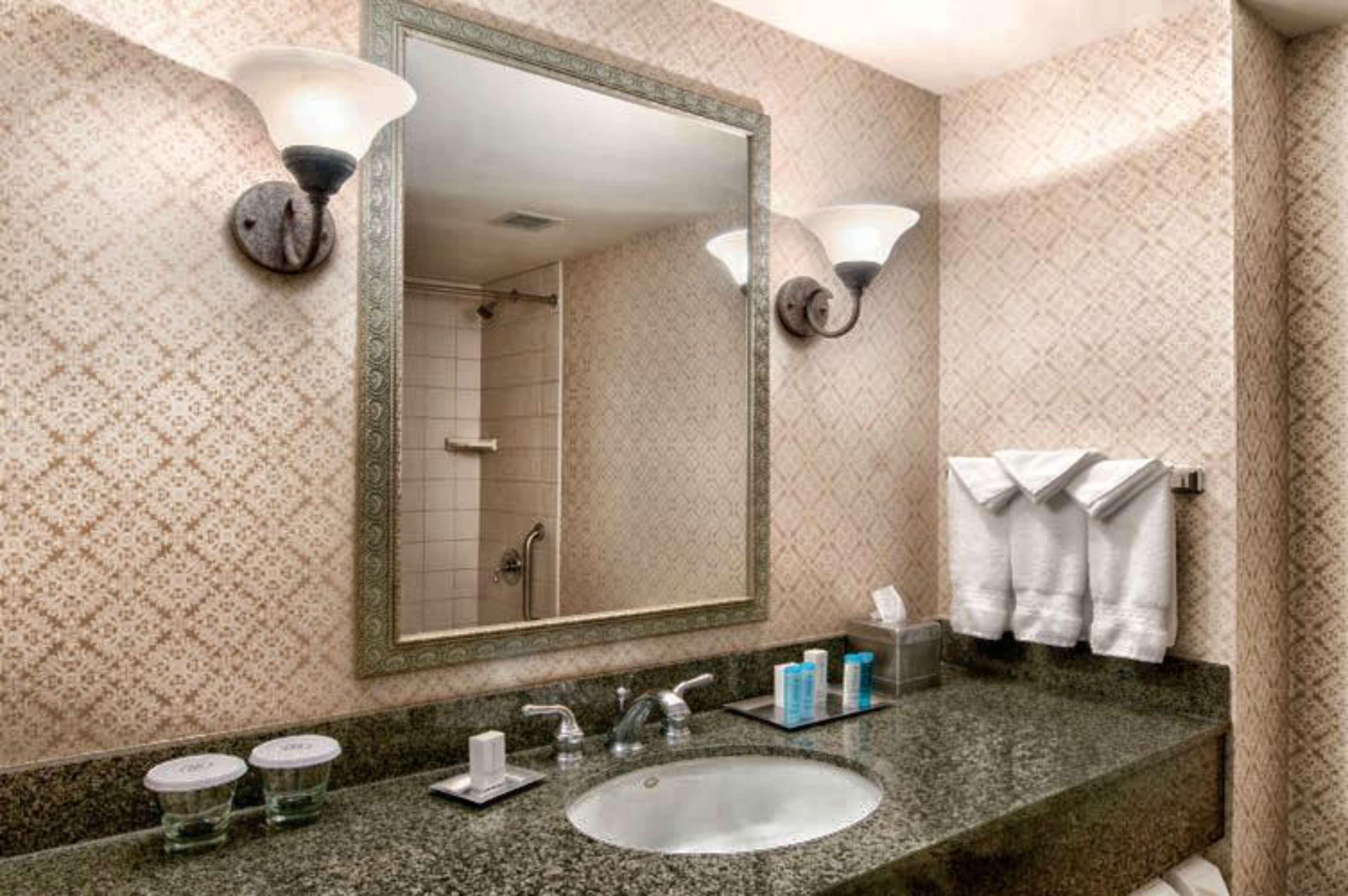 Hilton Scranton & Conference Center image 22