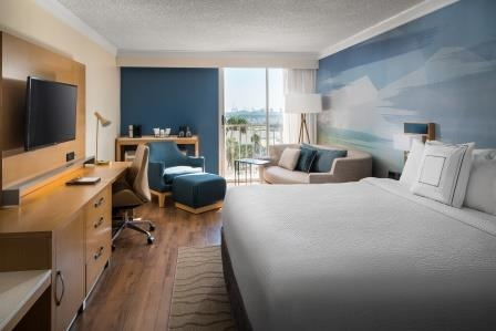 Courtyard by Marriott Long Beach Downtown image 7