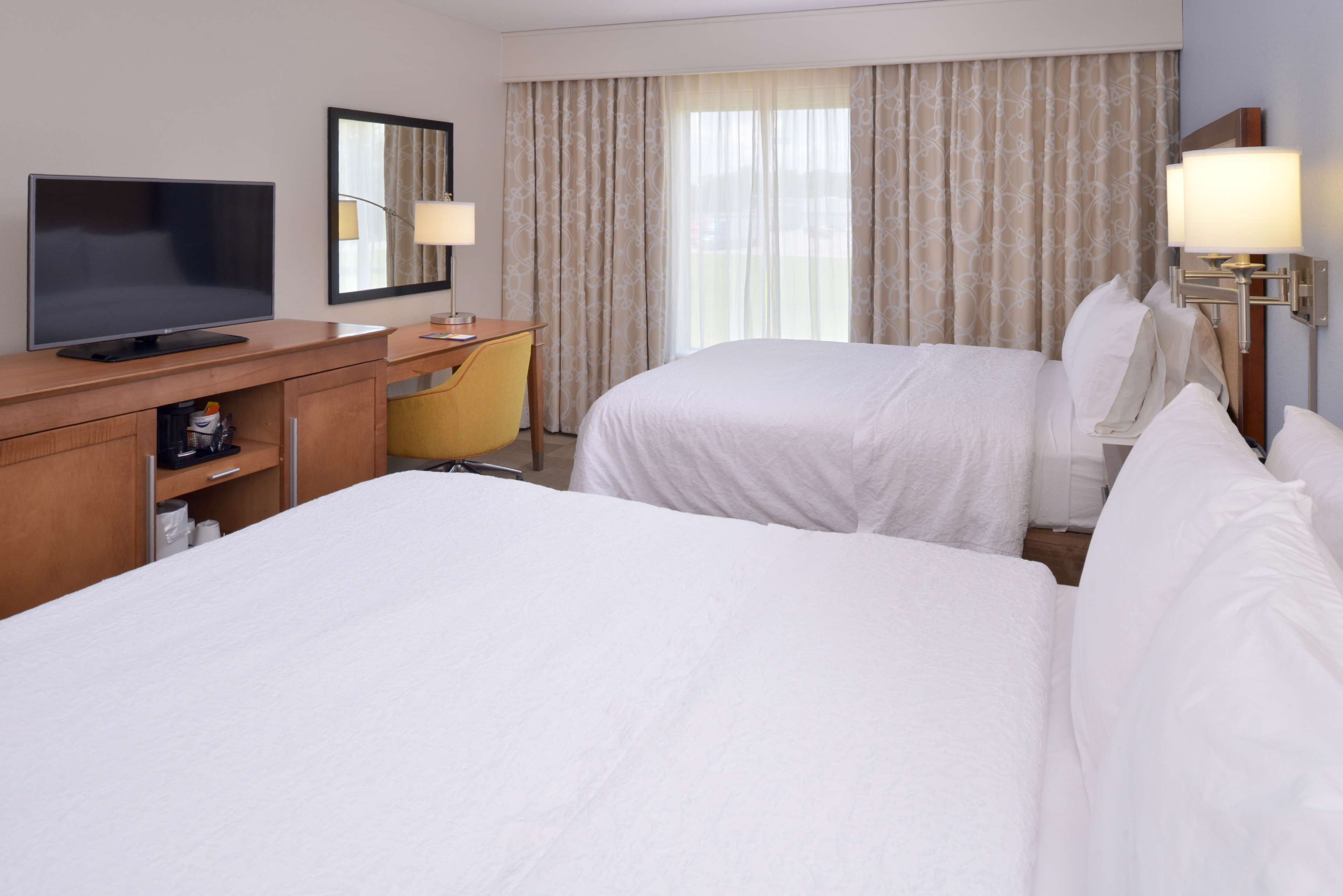 Hampton Inn & Suites Lonoke image 40