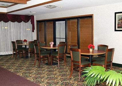 Comfort Inn image 5