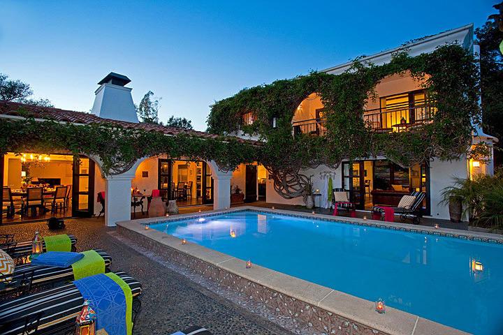 Paradise Retreats Property Management image 0