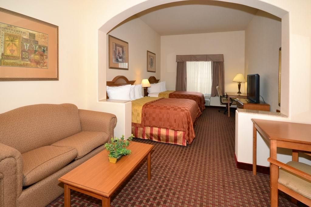 Best Western Casa Villa Suites image 10