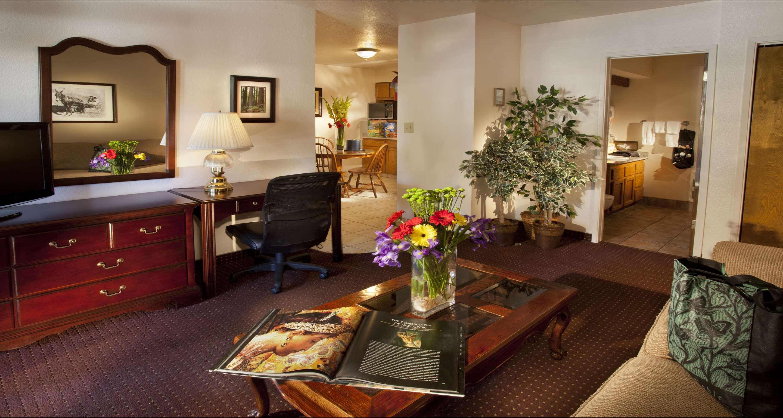 Best Western Plus Humboldt House Inn image 28