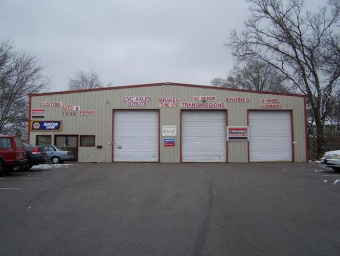 Custom Auto & Repair image 1