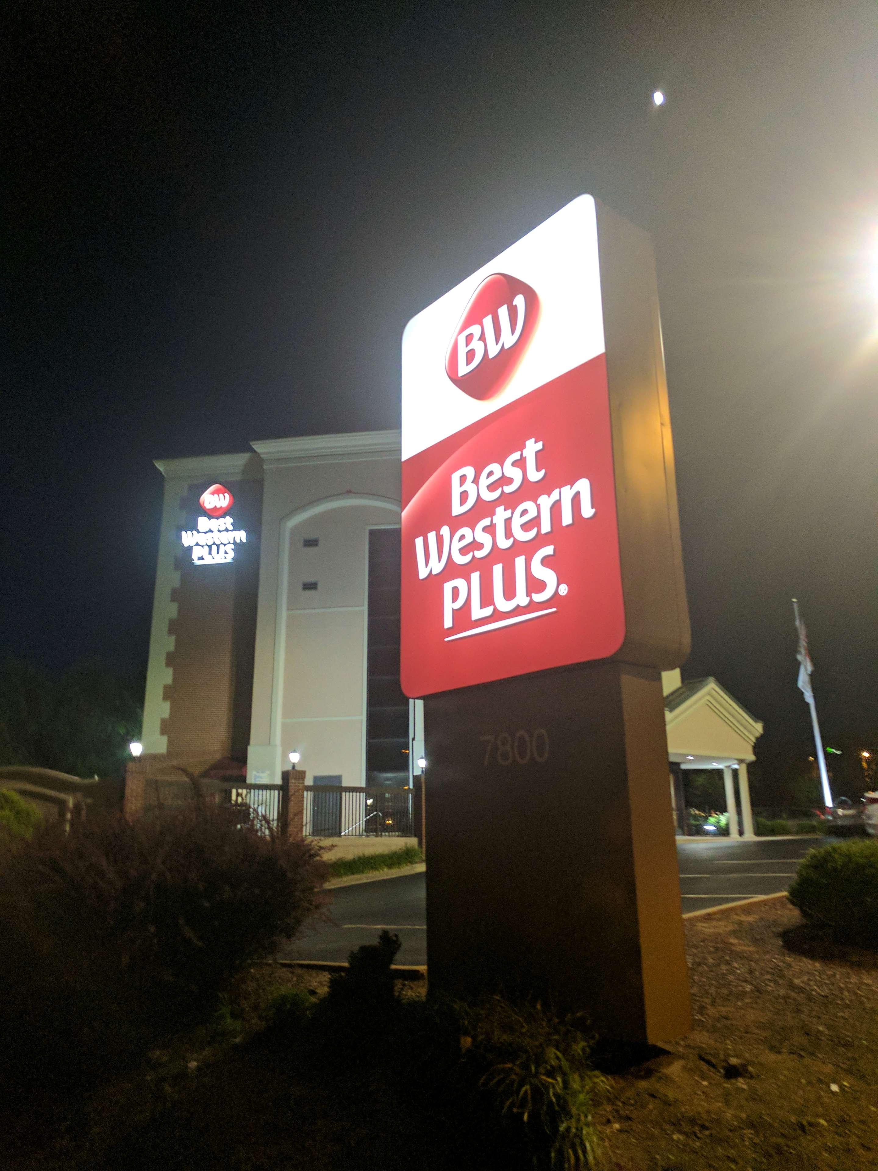 Best Western Plus Greensboro Airport Hotel image 37