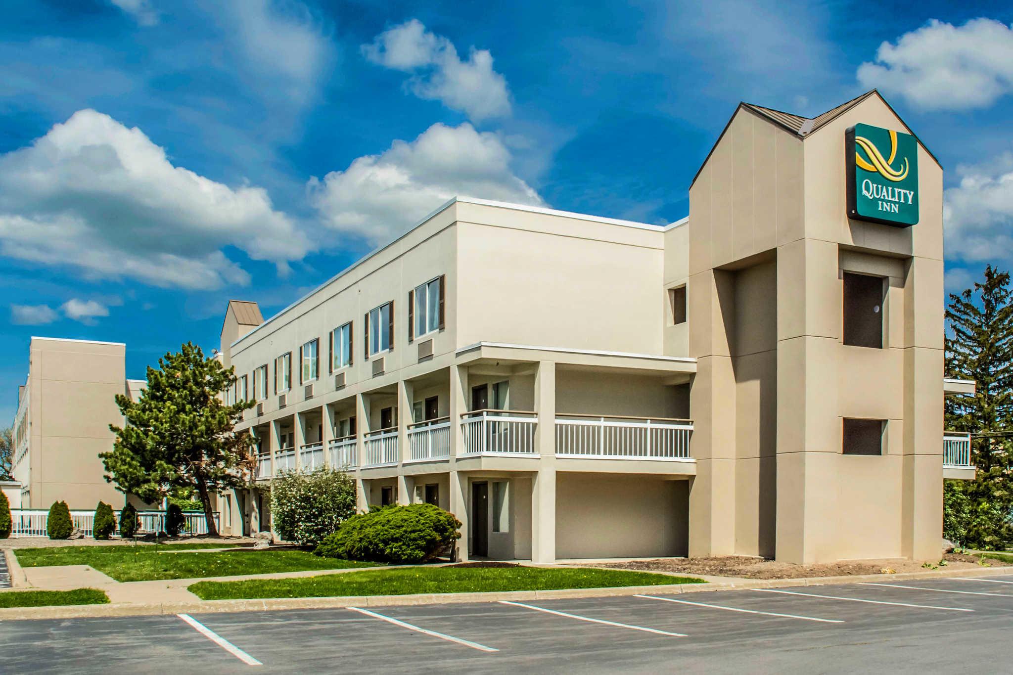 Quality Inn Syracuse Carrier Circle image 2