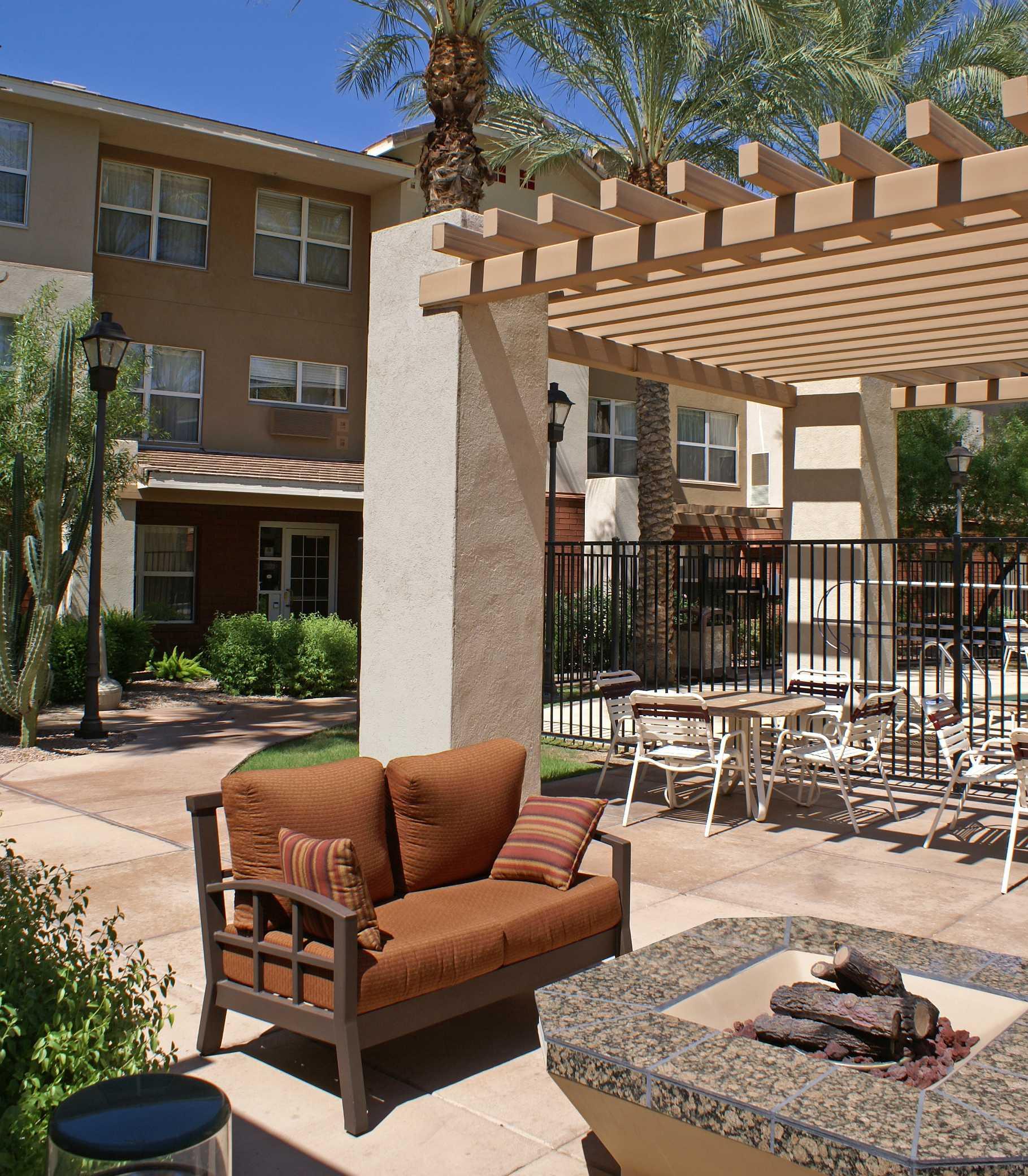Residence Inn by Marriott Scottsdale North image 6