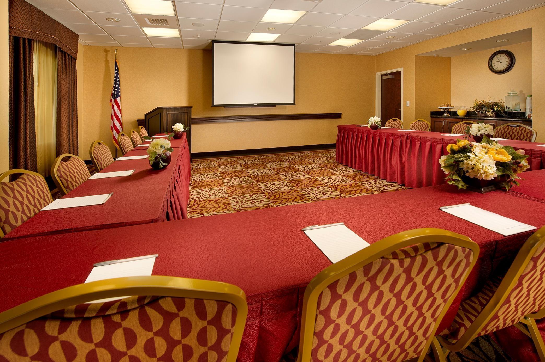 Hampton Inn & Suites San Antonio-Airport image 13