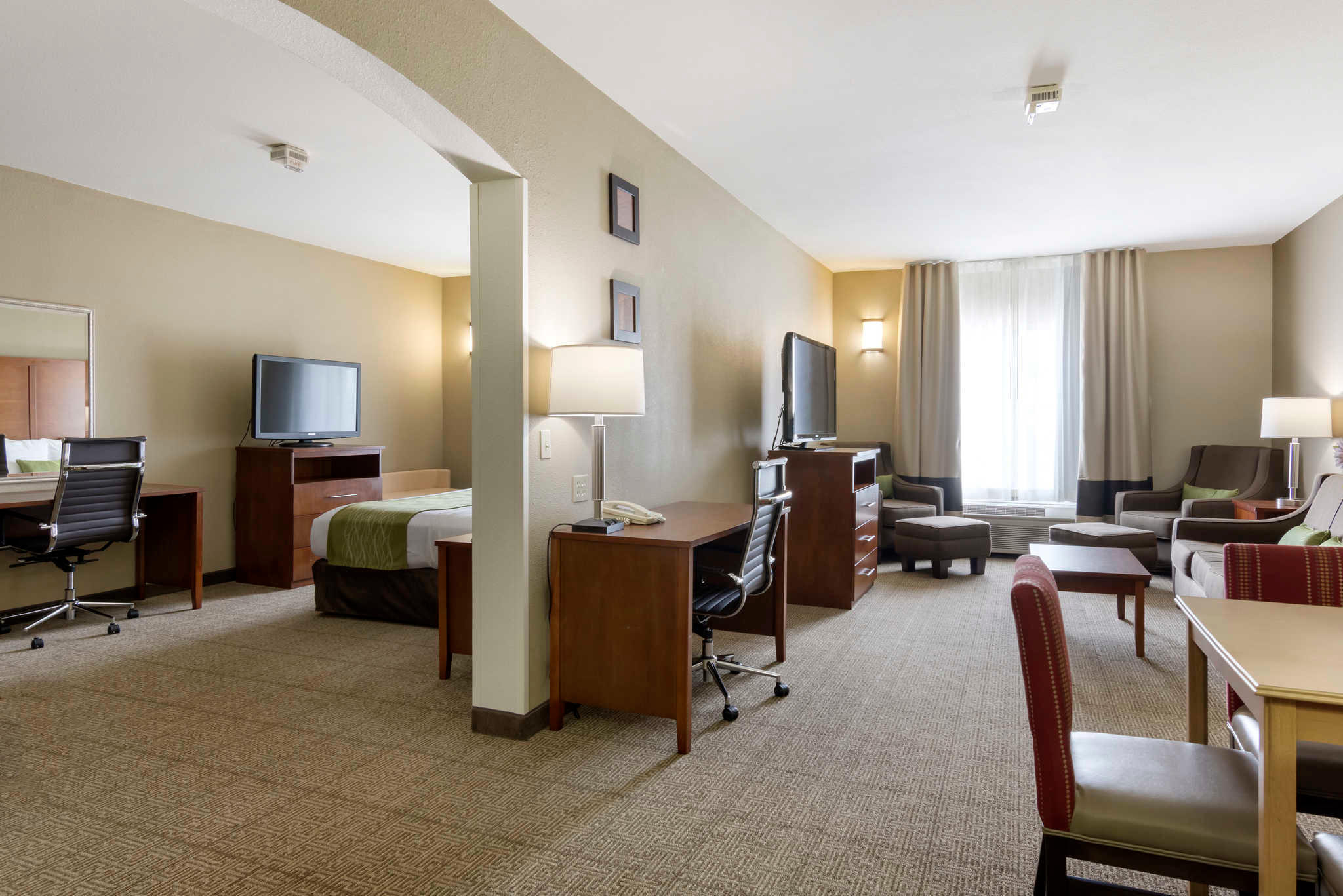 Comfort Inn & Suites Sacramento - University Area image 24