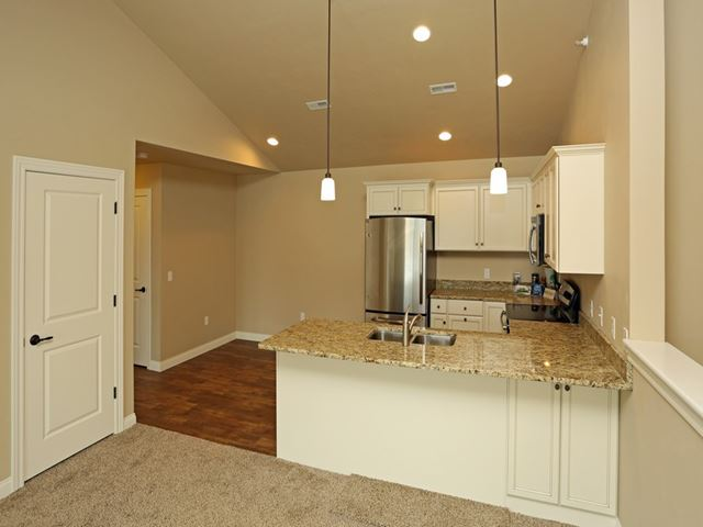 Niagara Ridge Apartments image 5