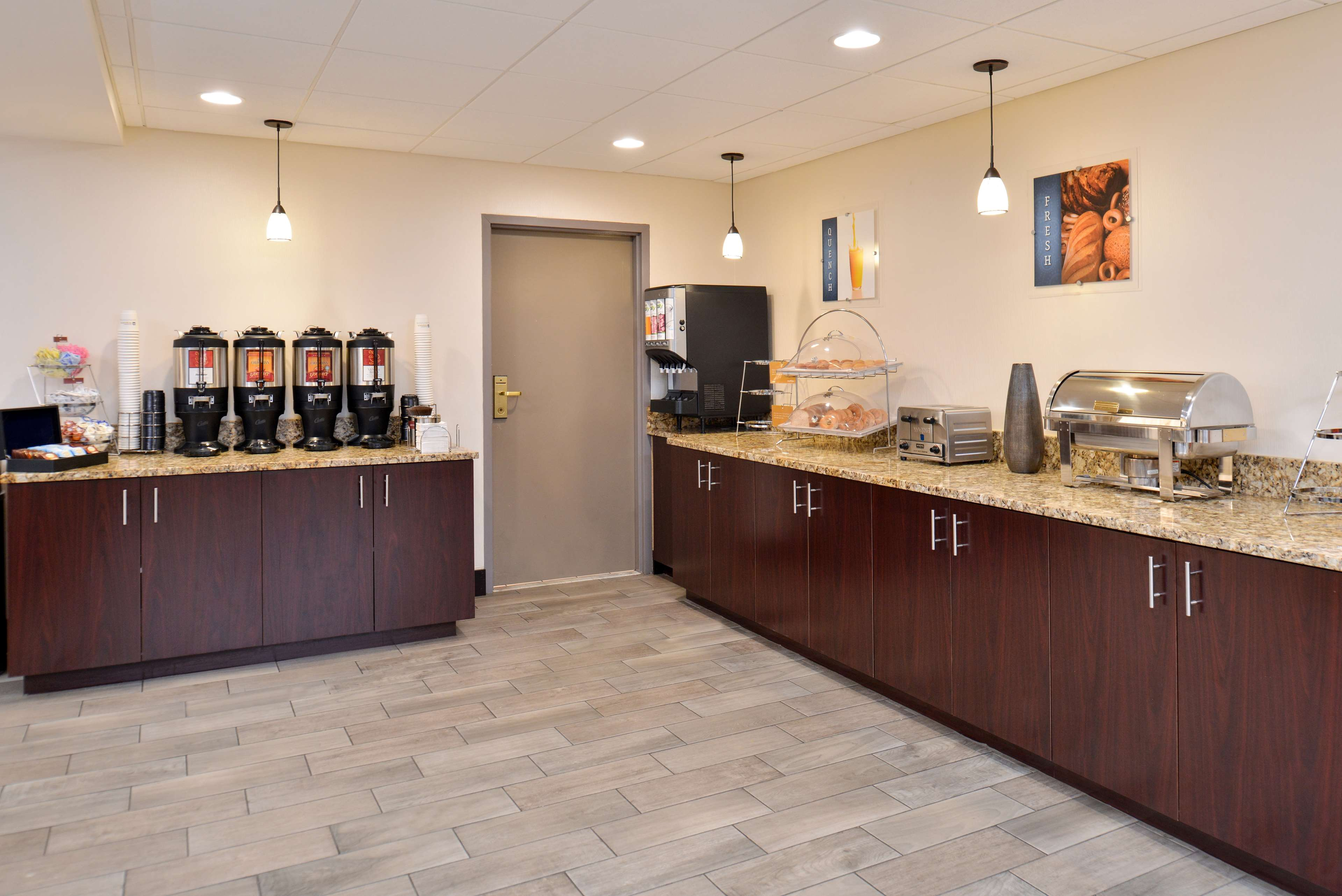 Best Western Plus Chicagoland - Countryside image 22